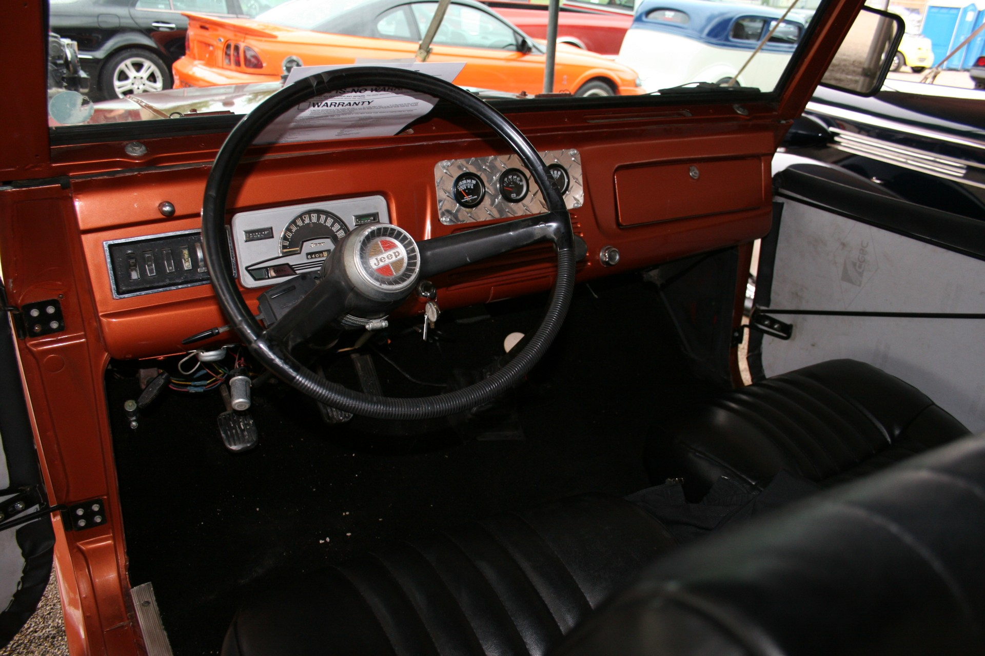 4th Image of a 1969 JEEP COMMANDO