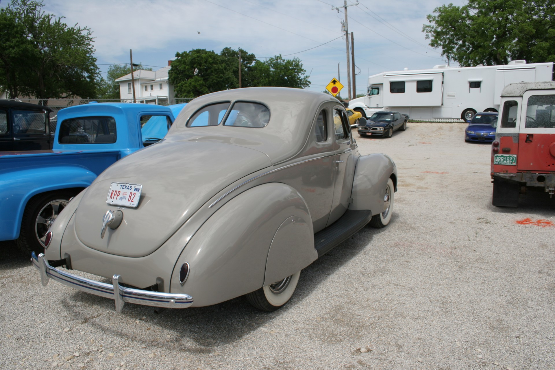 4th Image of a 1939 FORD DELUX COUPE