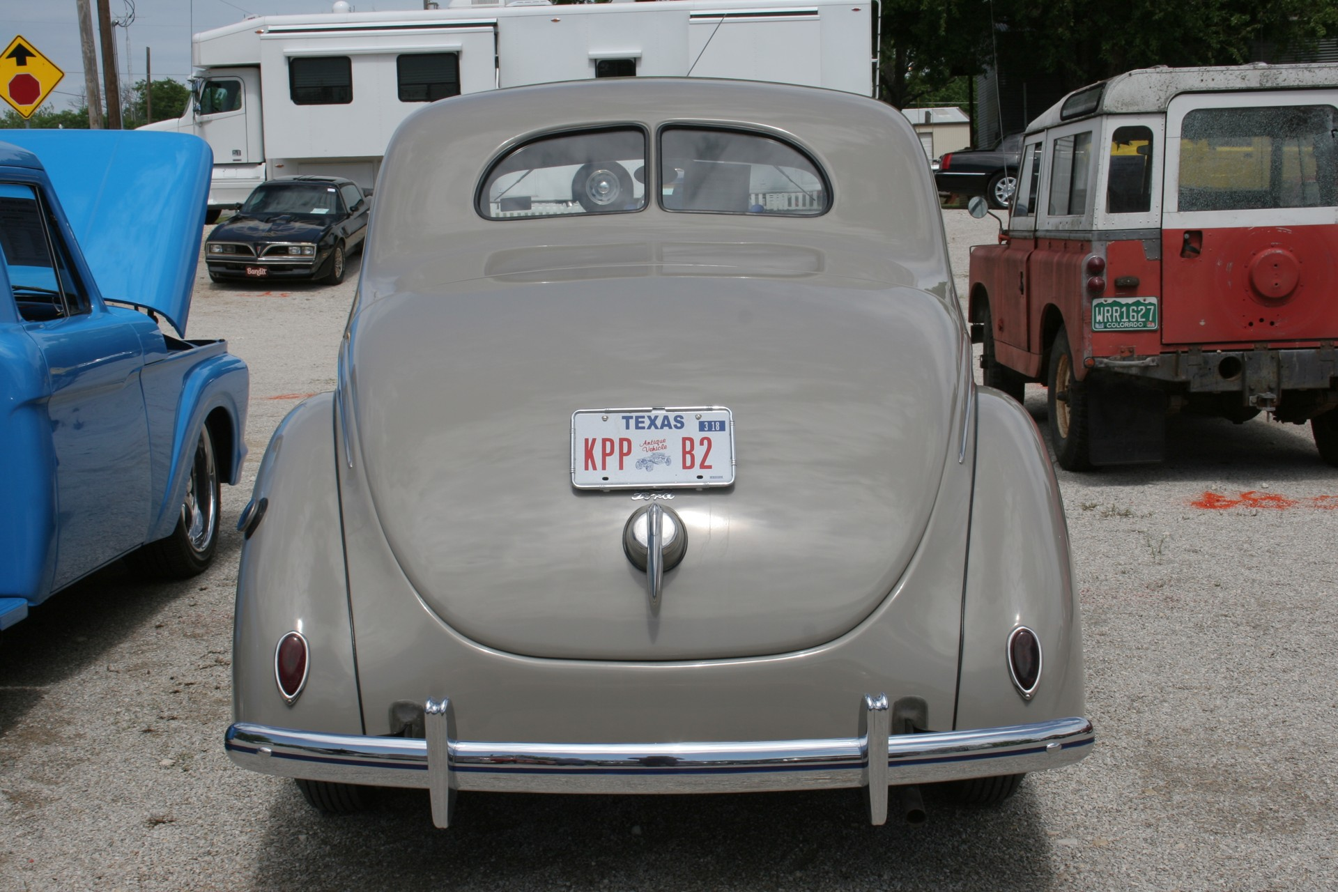 5th Image of a 1939 FORD DELUX COUPE