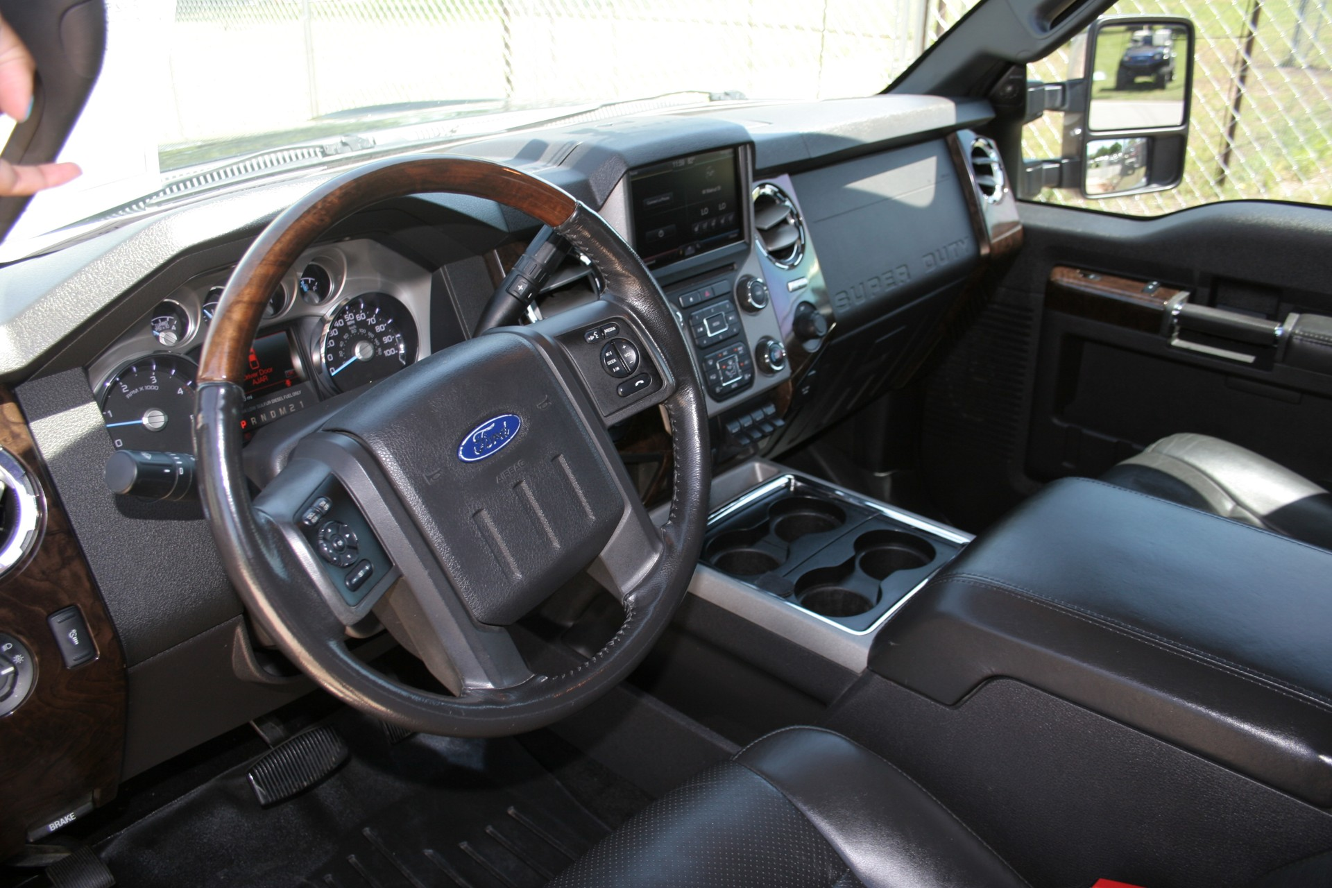 6th Image of a 2013 FORD F-250 SUPER DUTY