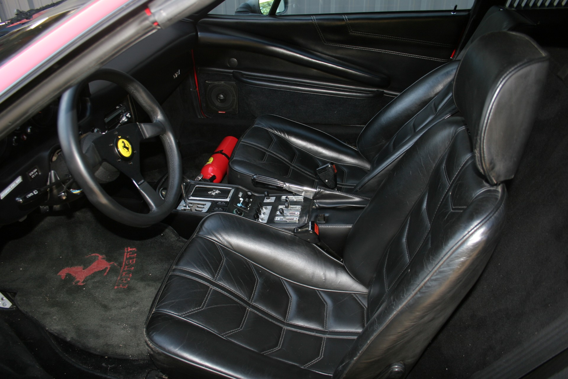 7th Image of a 1983 FERRARI 308 GTS USA QUATTROVALVOLE