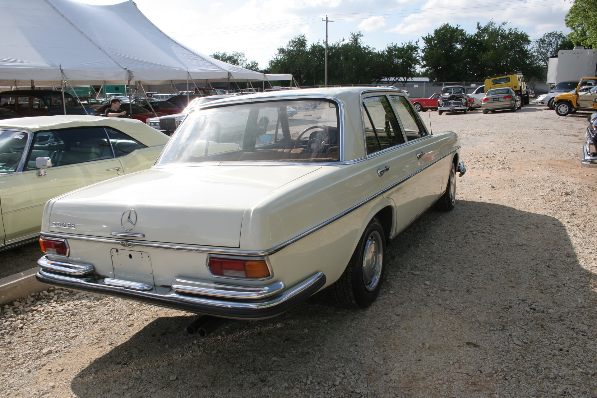 4th Image of a 1966 MERCEDES BENZ 250SE