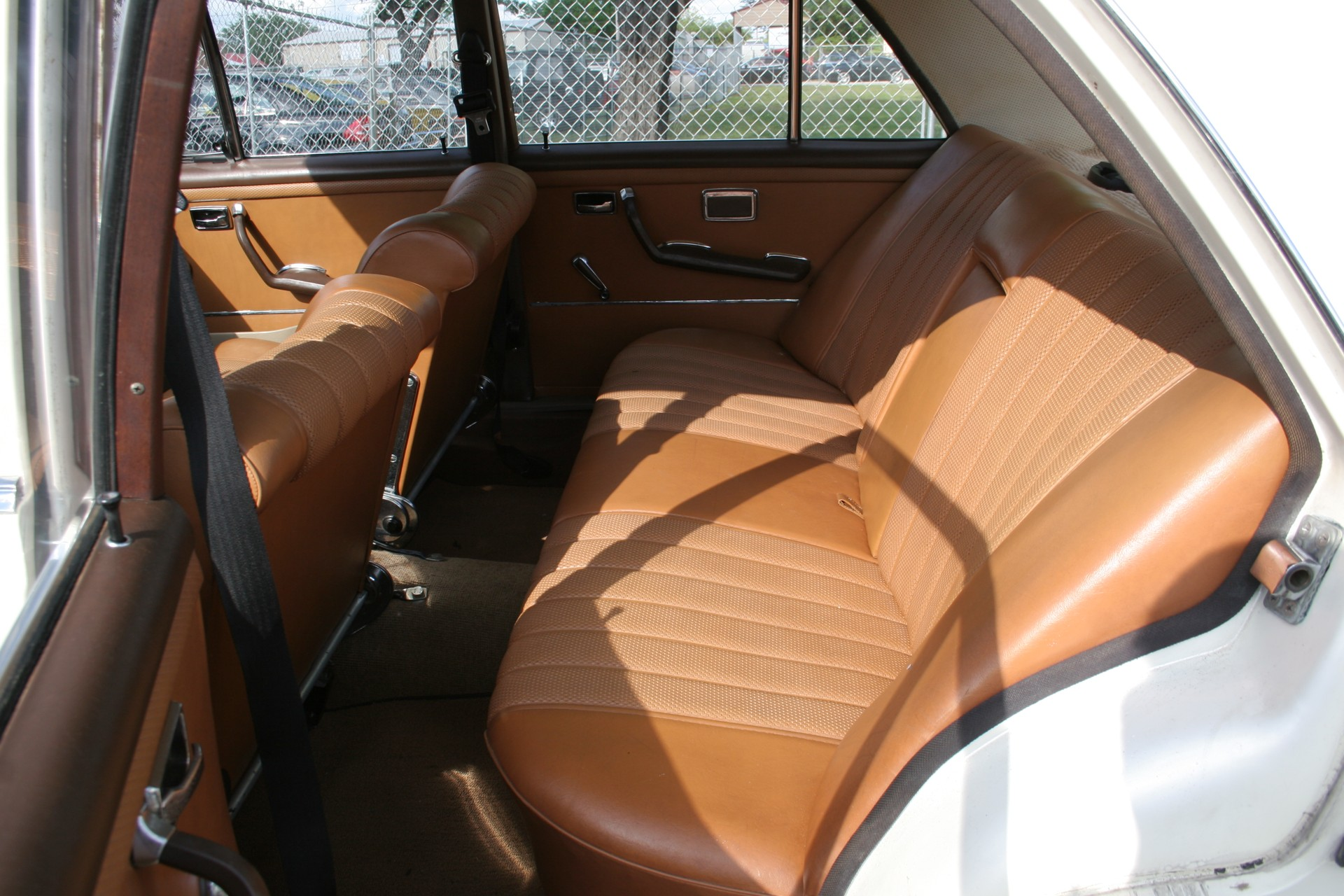8th Image of a 1966 MERCEDES BENZ 250SE