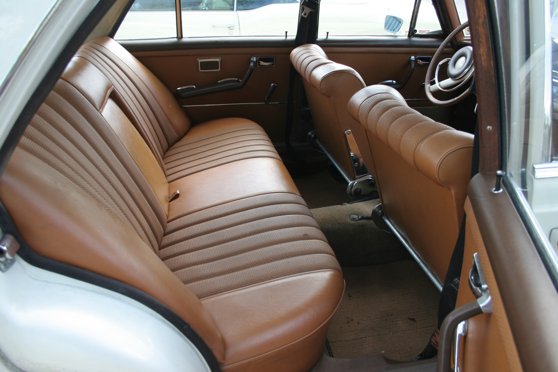 10th Image of a 1966 MERCEDES BENZ 250SE