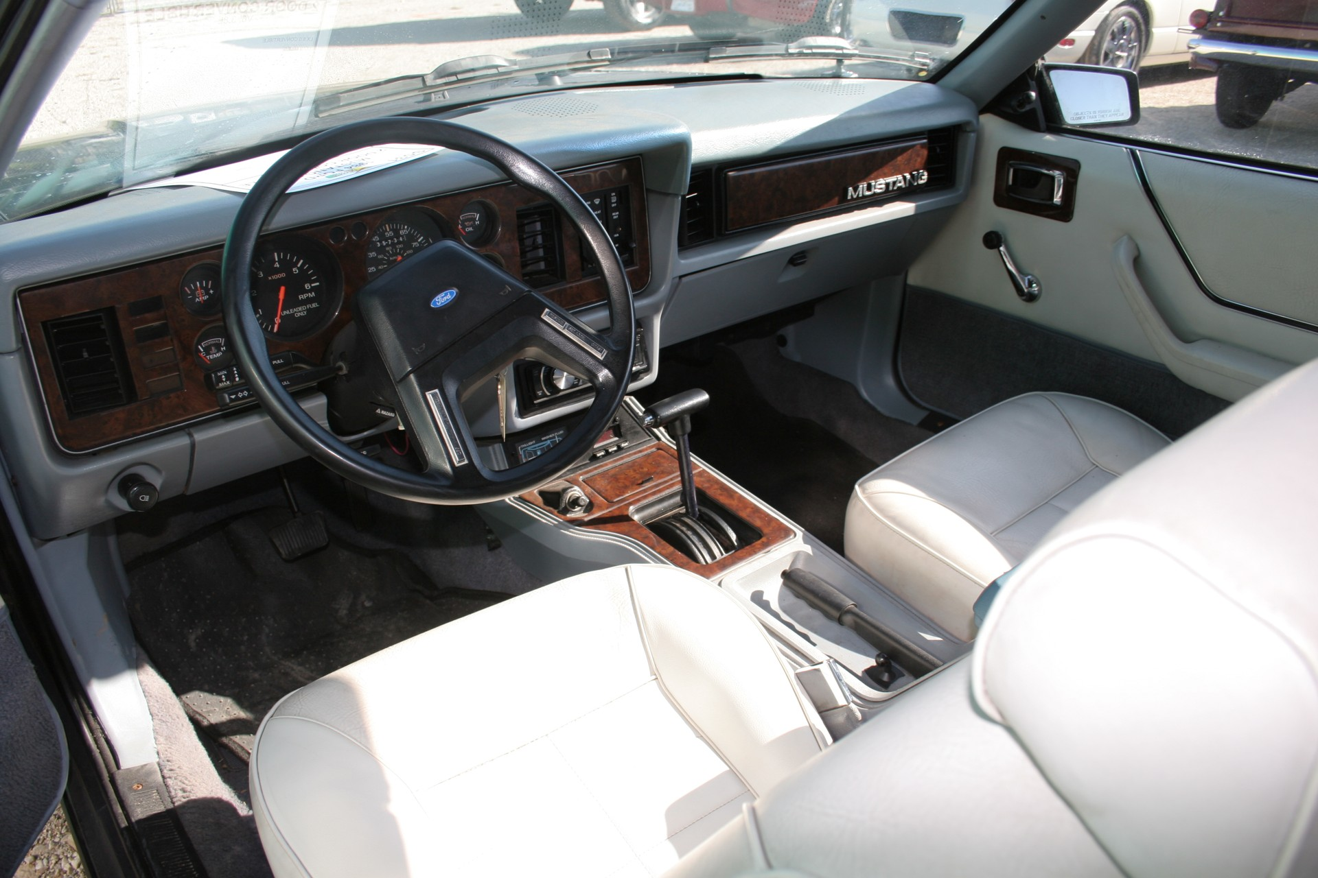 6th Image of a 1984 FORD MUSTANG LX
