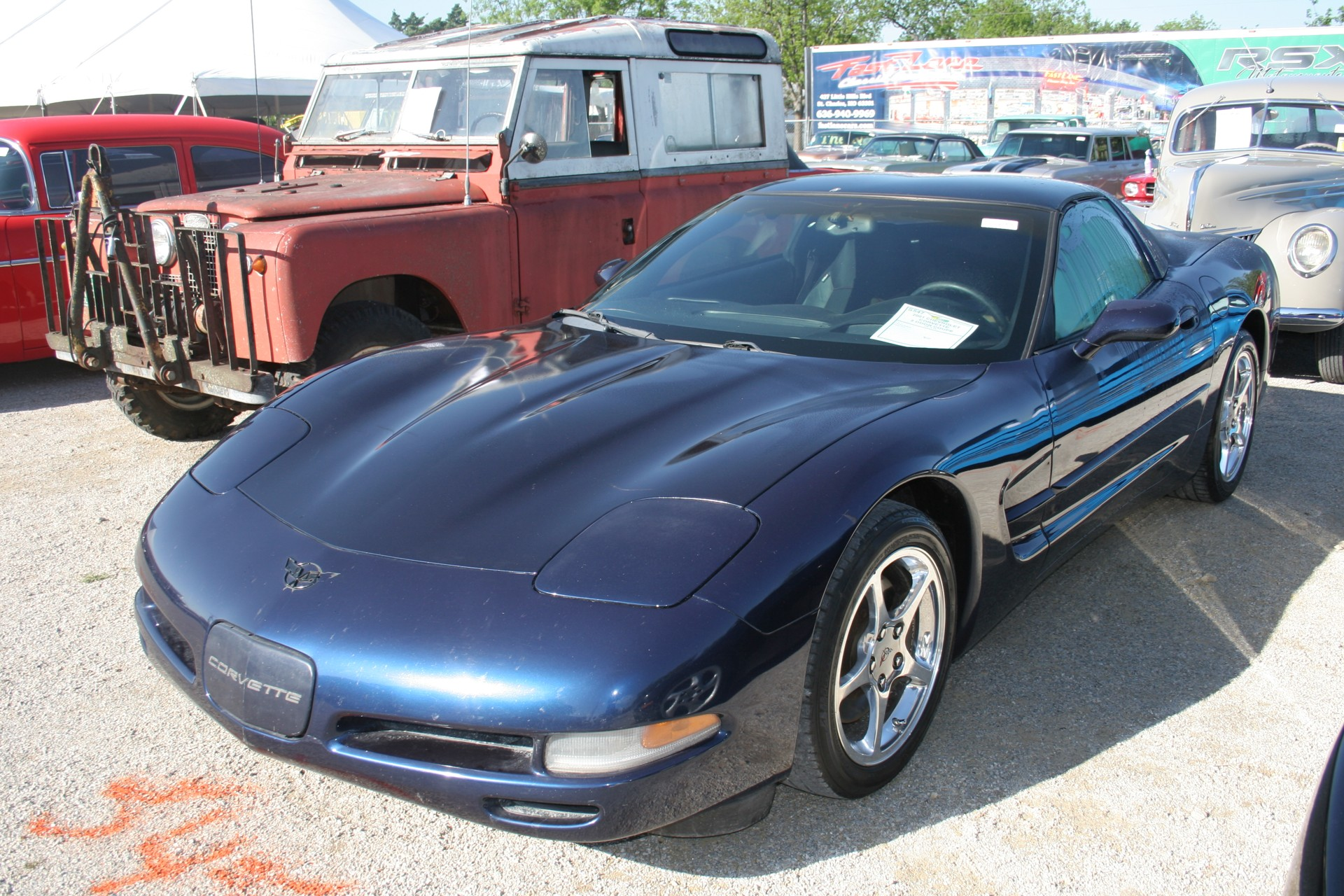 2nd Image of a 2001 CHEVROLET CORVETTE