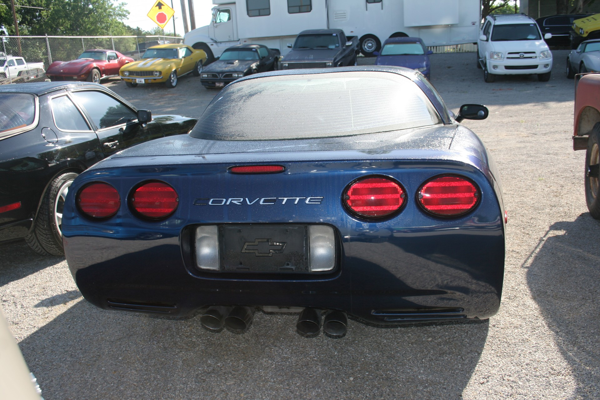 4th Image of a 2001 CHEVROLET CORVETTE