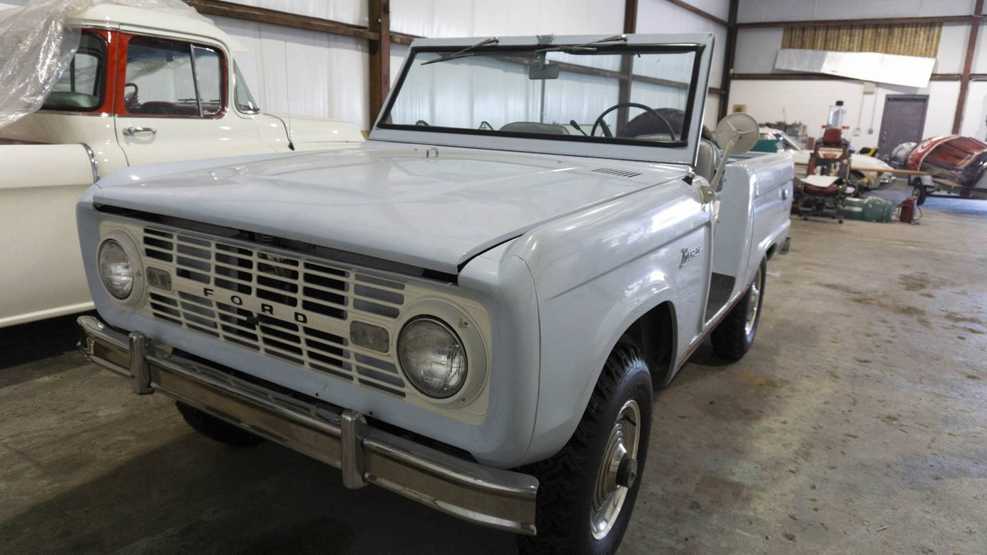 1st Image of a 1966 FORD BRONCO UTE