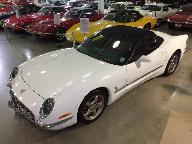 2nd Image of a 2004 CHEVROLET CORVETTE