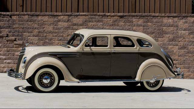 2nd Image of a 1935 DESOTO AIRFLOW