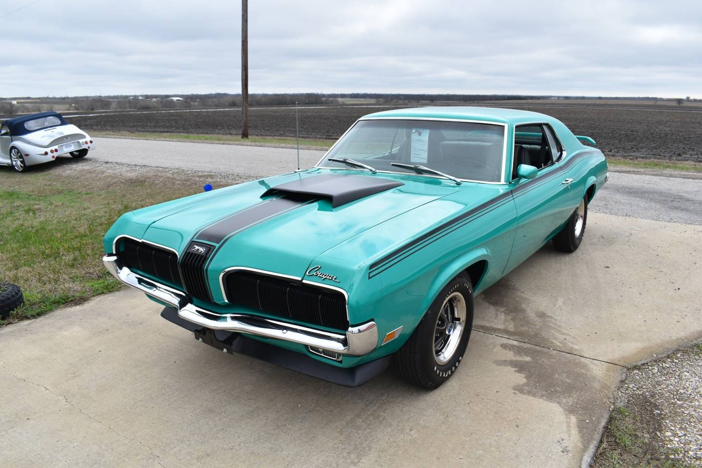 1st Image of a 1970 MERCURY COUGAR
