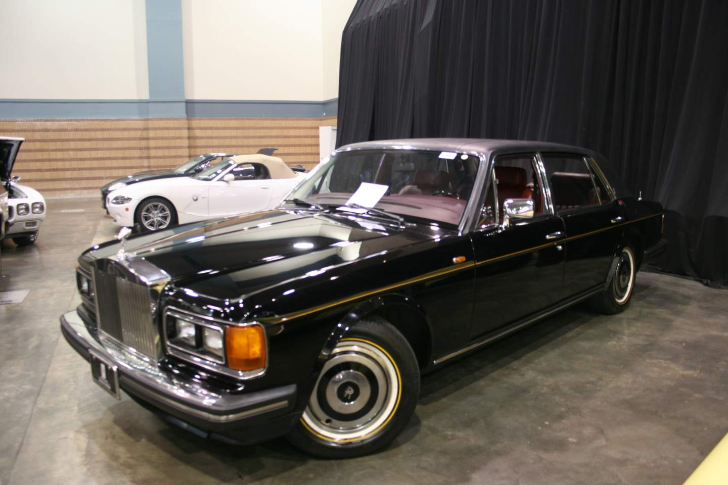 3rd Image of a 1988 ROLLS ROYCE SILVER SPUR