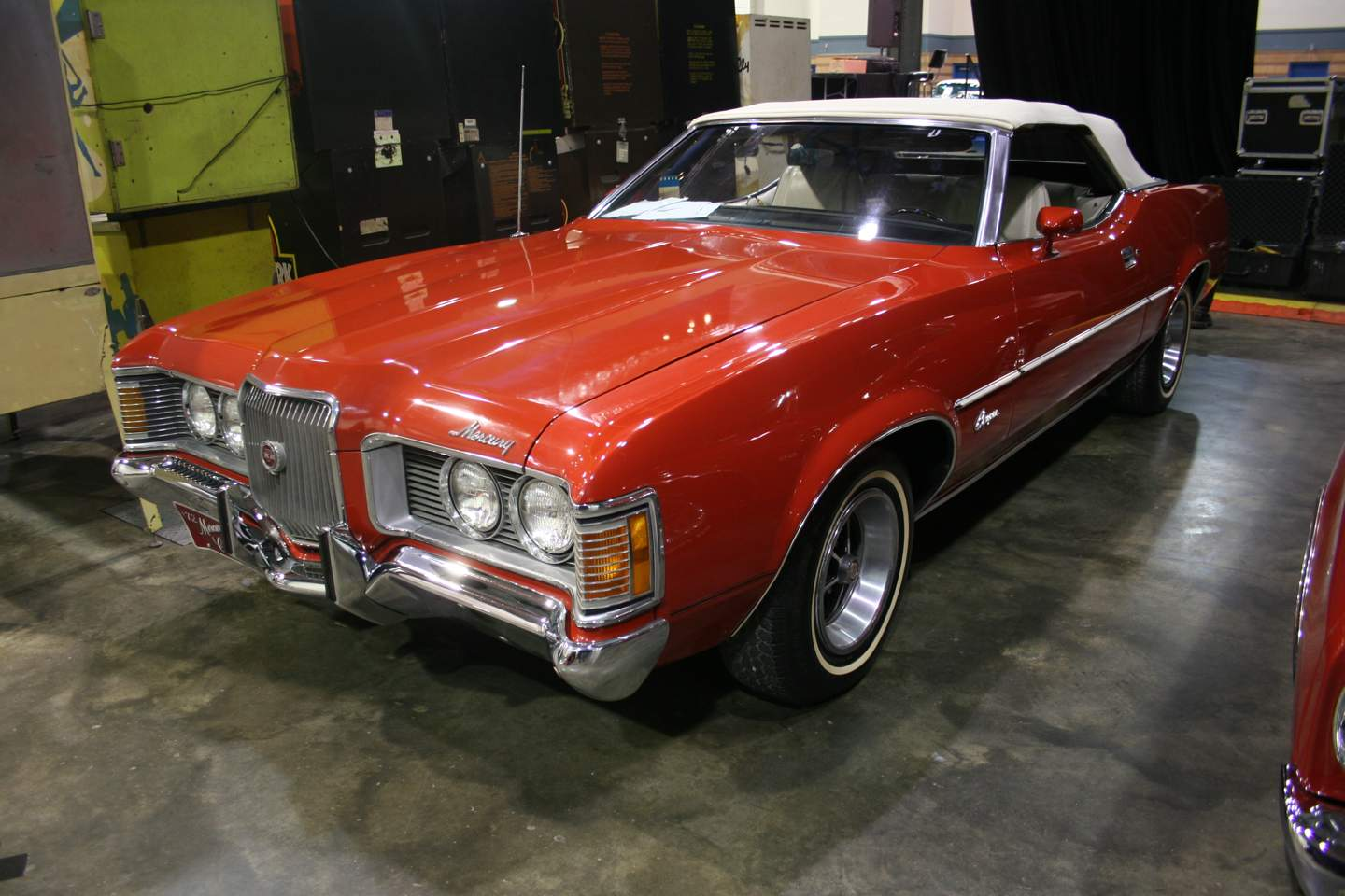 4th Image of a 1972 MERCURY COUGAR