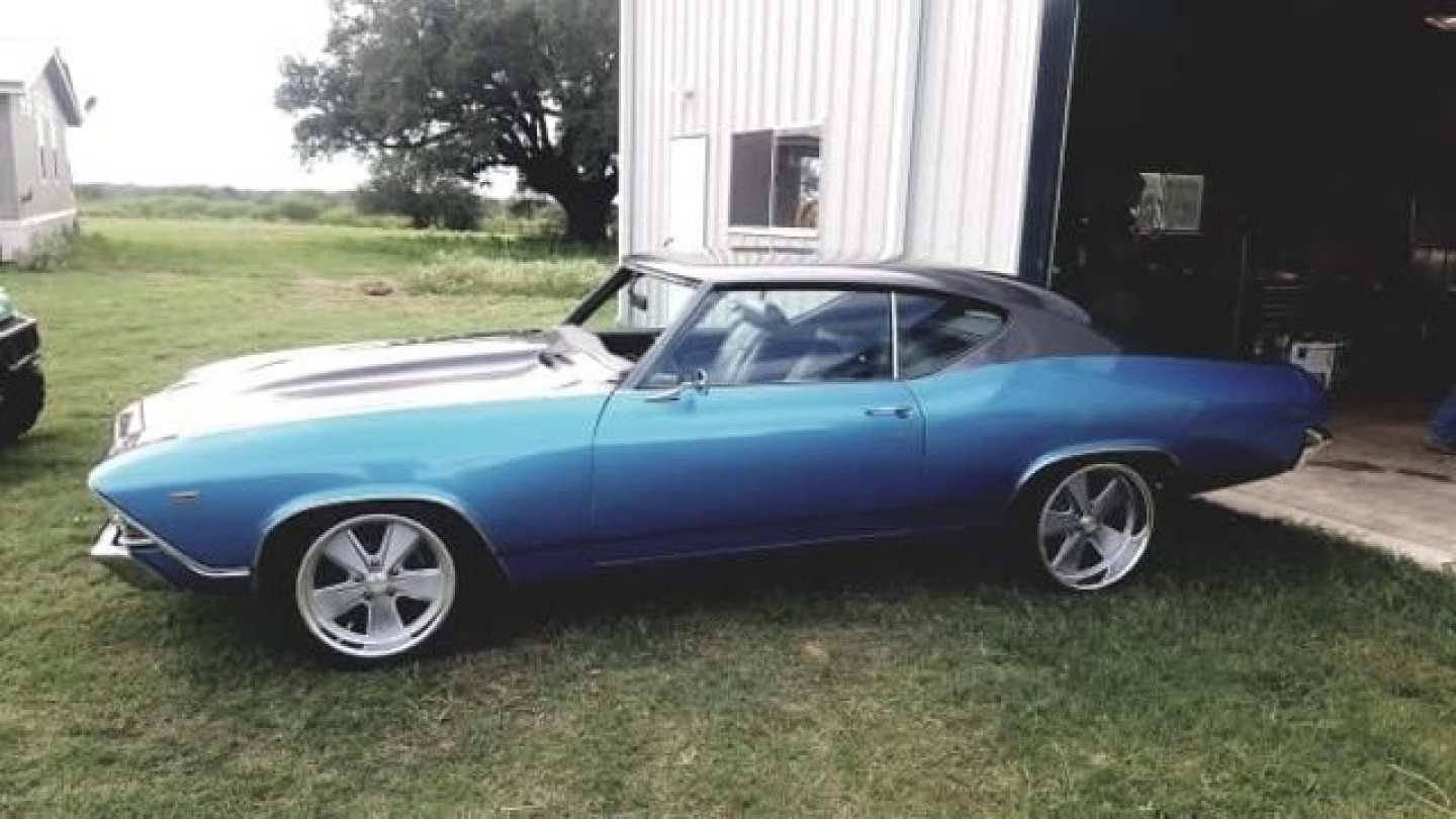 2nd Image of a 1969 CHEVROLET CHEVELLE