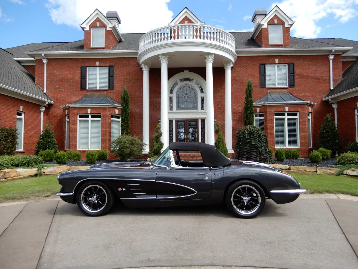2nd Image of a 1958 CHEVROLET CORVETTE