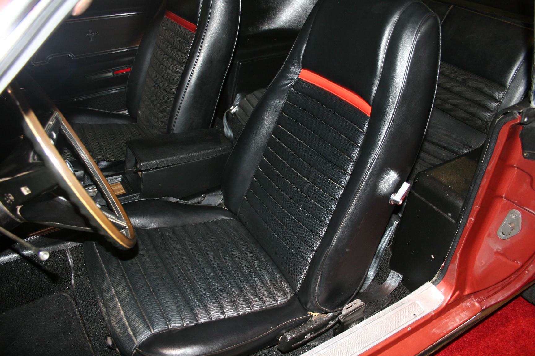 5th Image of a 1969 FORD MUSTANG