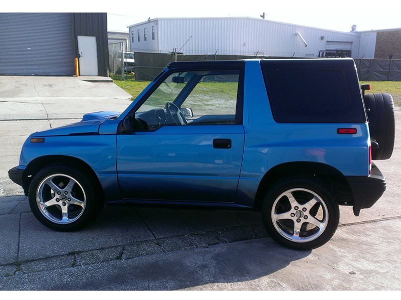 1991 geo tracker for sale at vicari auctions new orleans 2014. Black Bedroom Furniture Sets. Home Design Ideas