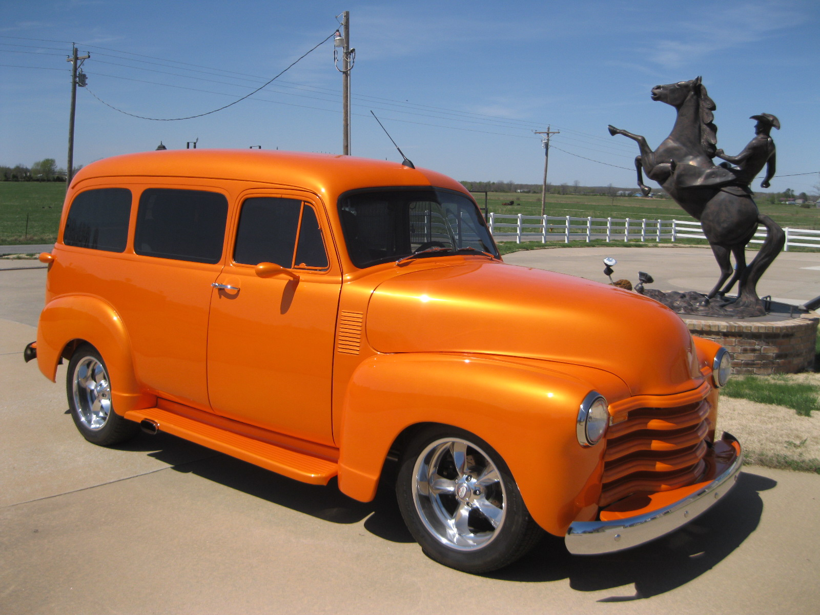 1950 CHEVROLET SUBURBAN For Sale at Vicari Auctions Nocona 2015