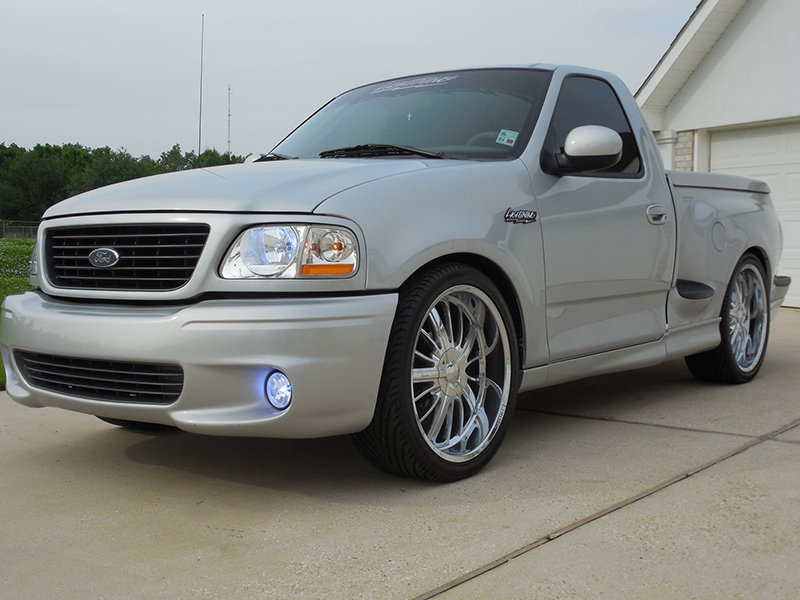 Nd Image Of A  Ford F  Ton Svt Lightning