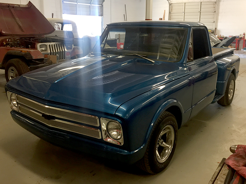 2nd Image of a 1967 CHEVROLET C10