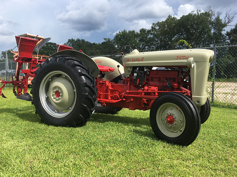 Ford 800 Tractor Information : Ford tractor for sale at vicari auctions new