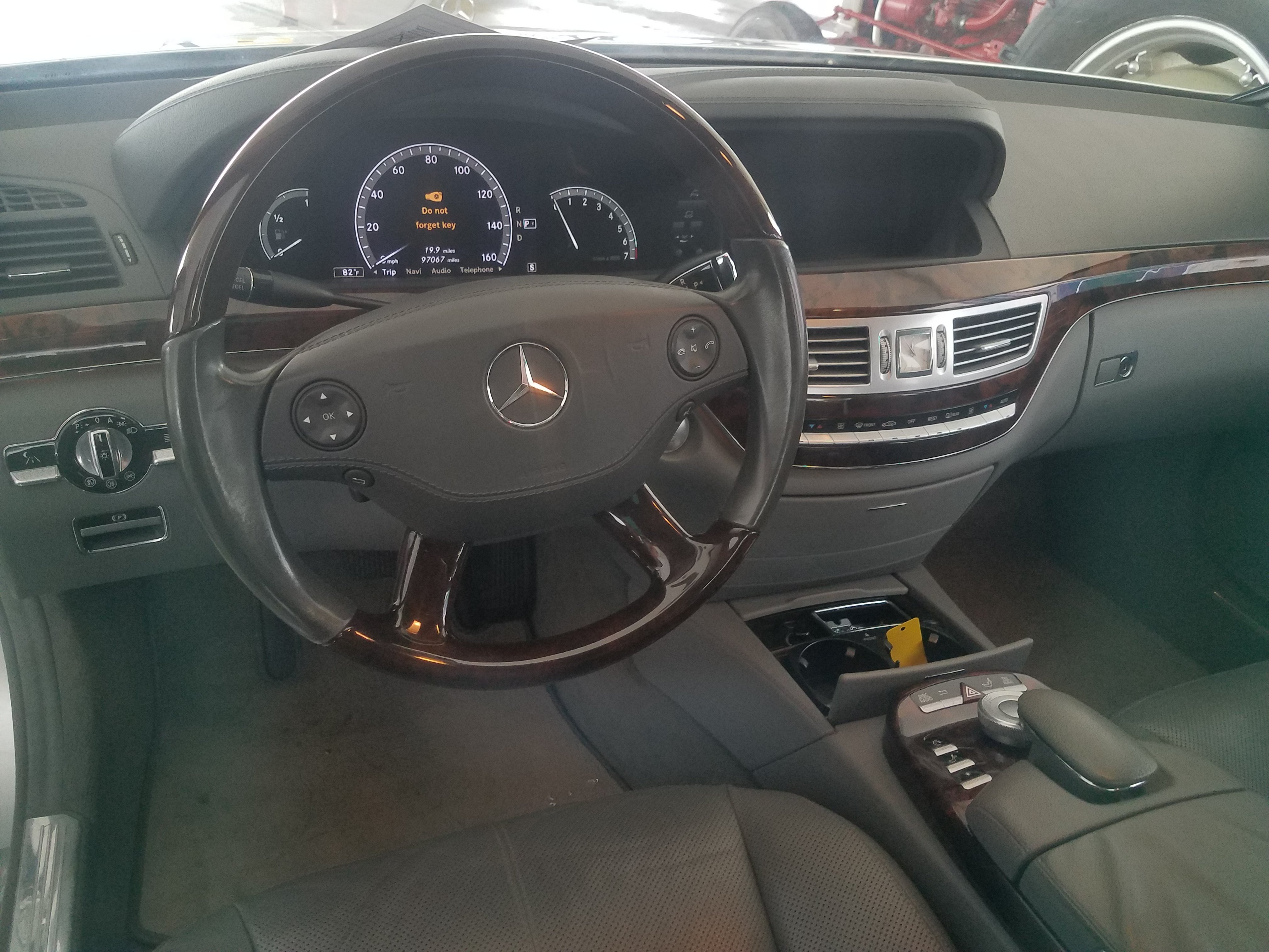 class s used rwd sedan benz mercedes detail at
