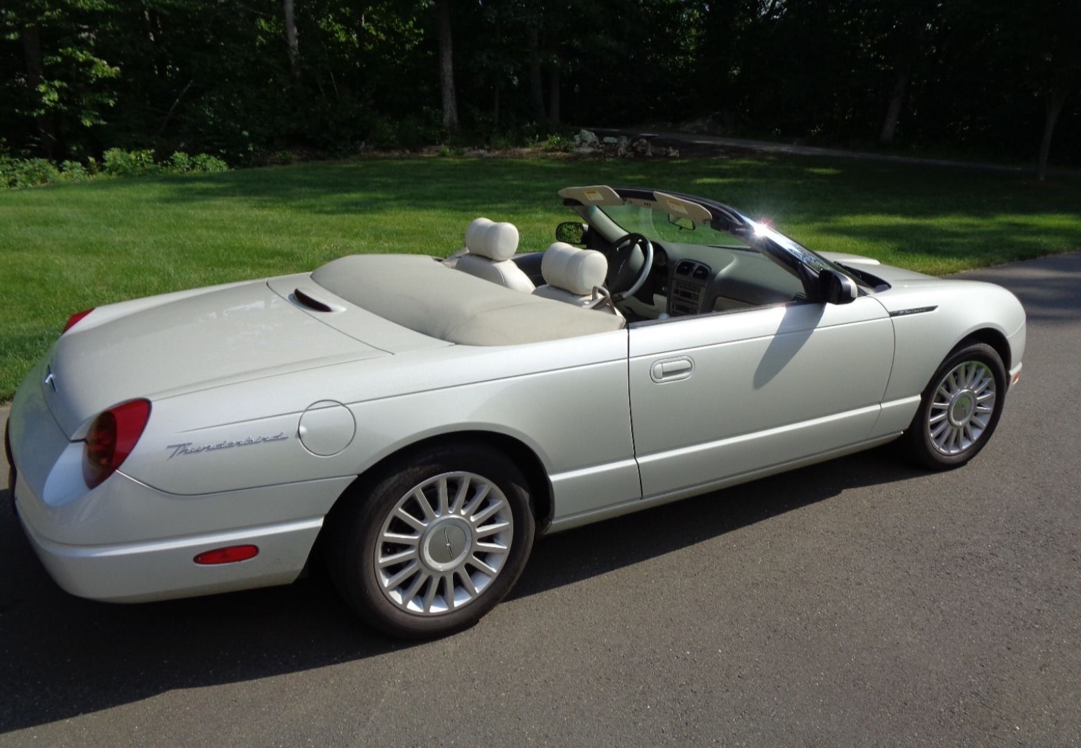 2005 ford thunderbird 50th anniversary for sale at vicari auctions biloxi 2017. Black Bedroom Furniture Sets. Home Design Ideas