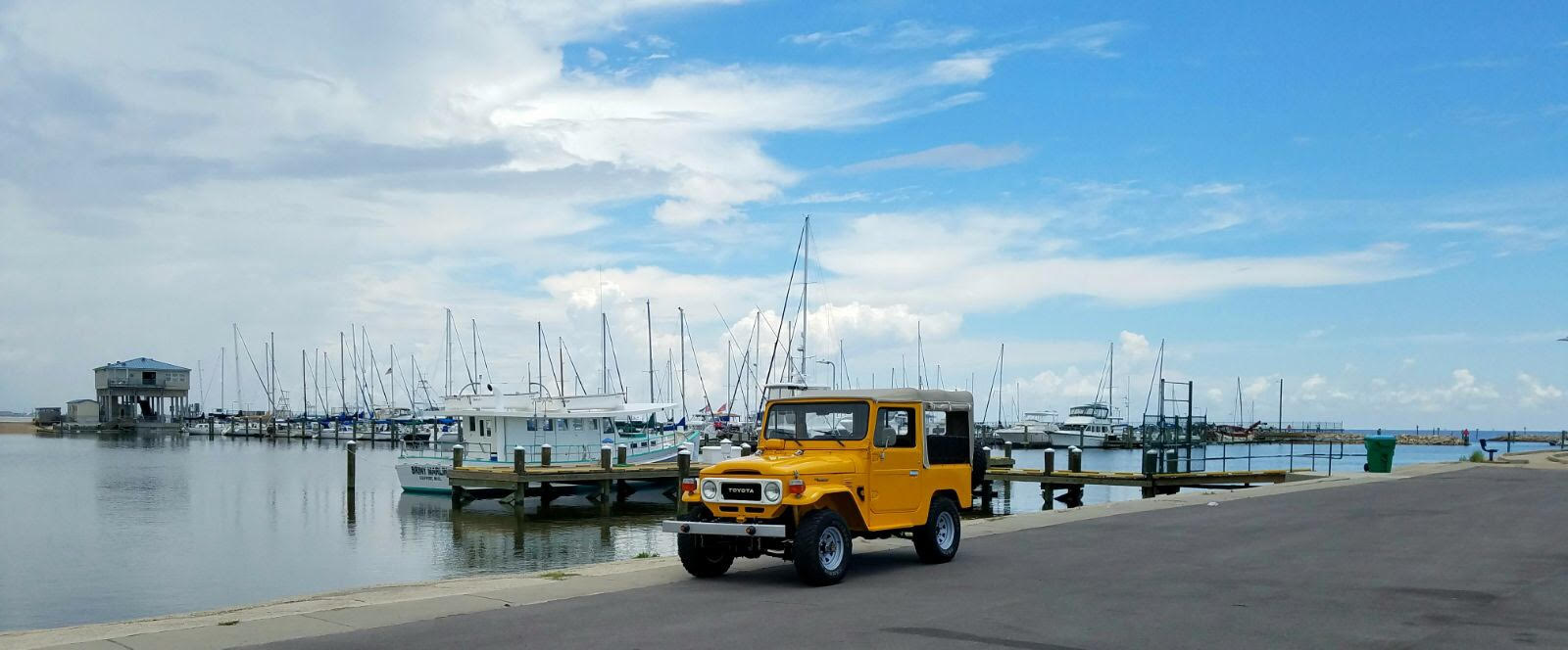 2nd Image of a 1980 TOYOTA LANDCRUISER