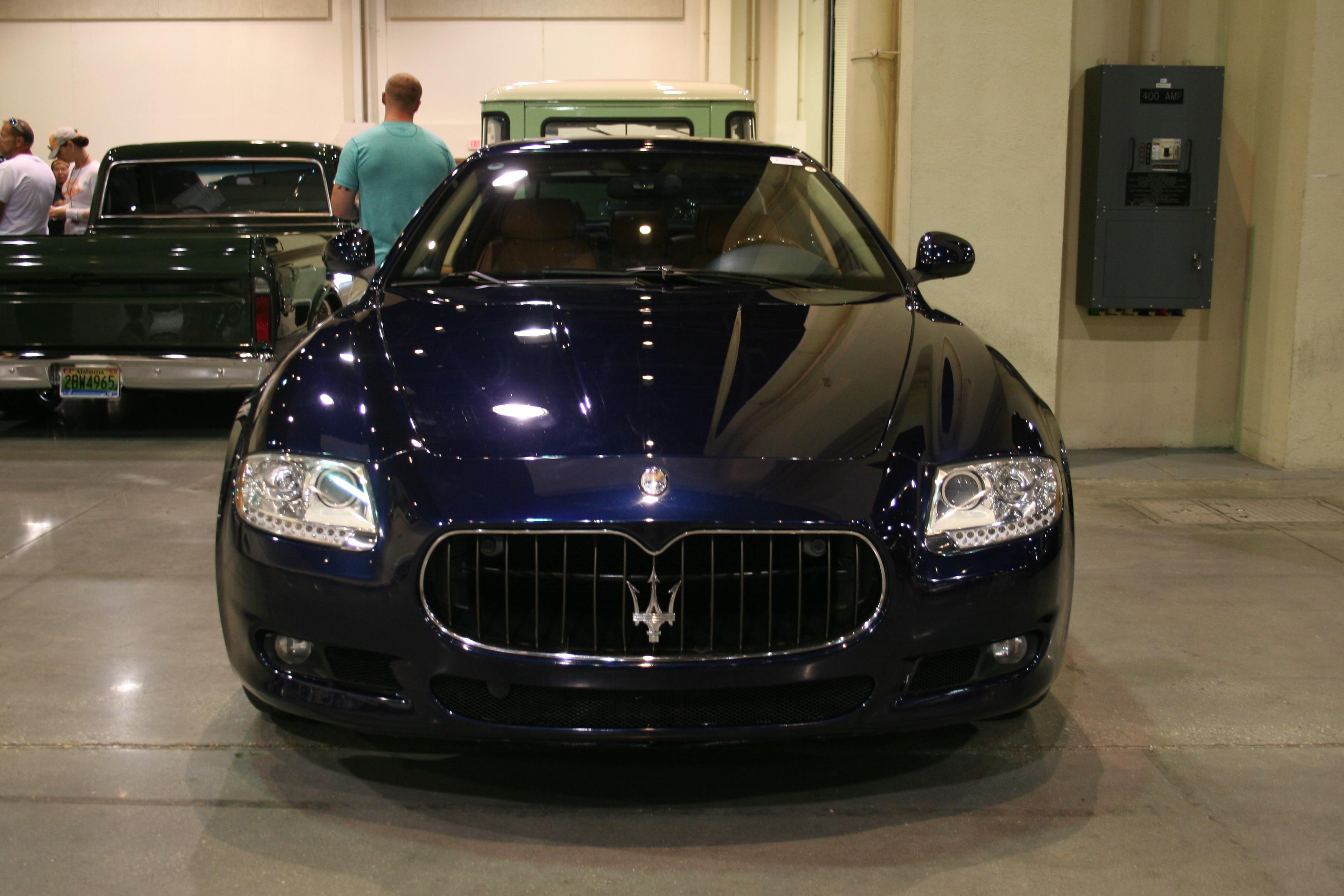 2011 maserati quattroporte 11 auto for sale at vicari. Black Bedroom Furniture Sets. Home Design Ideas