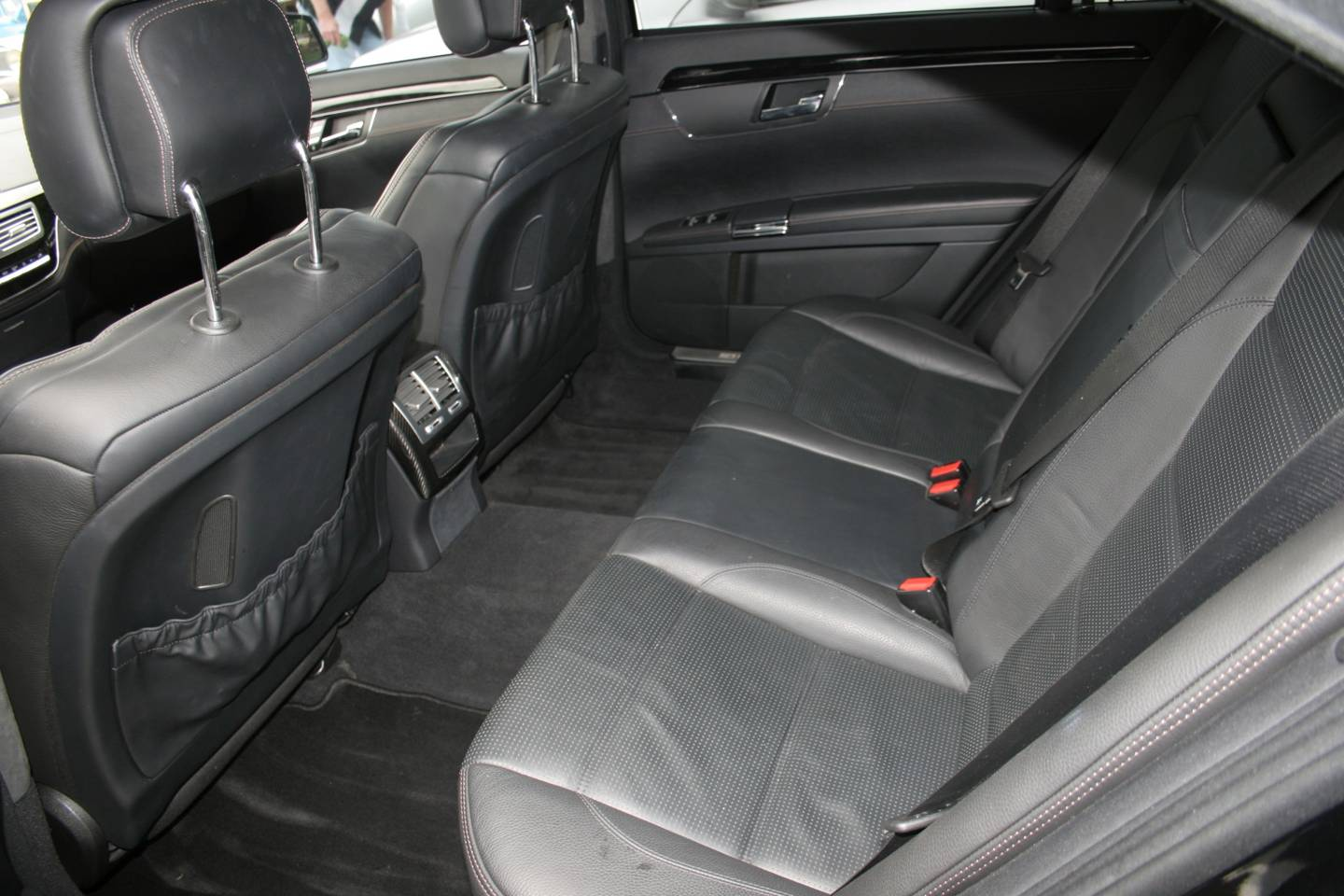 10th Image of a 2011 MERCEDES S-CLASS S63 AMG