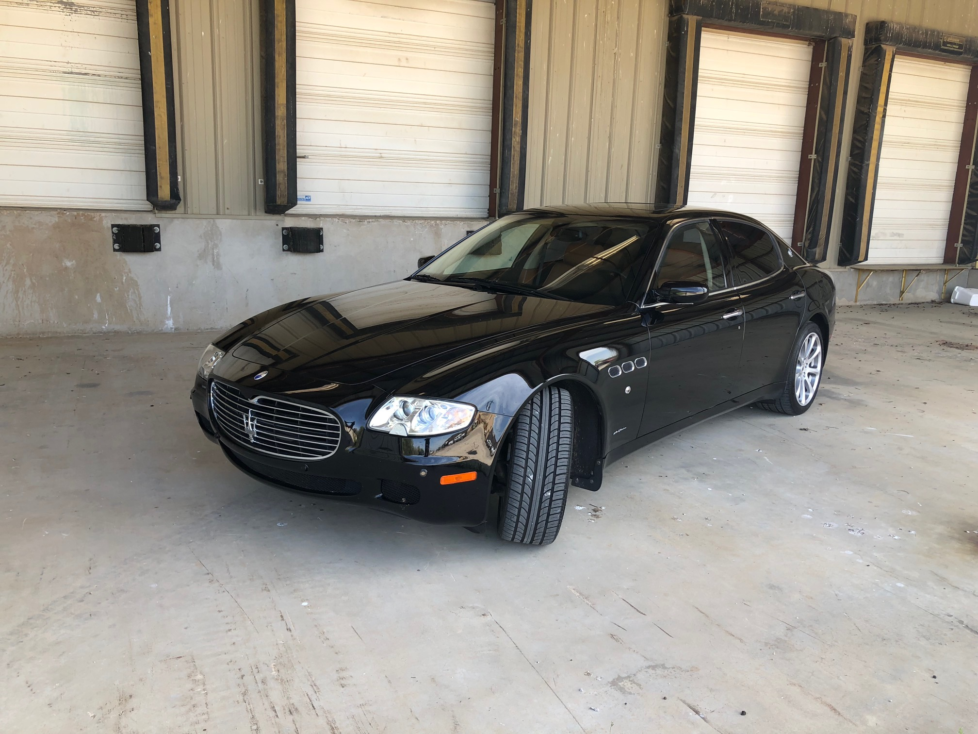 2nd Image of a 2005 MASERATI QUATTROPORTE