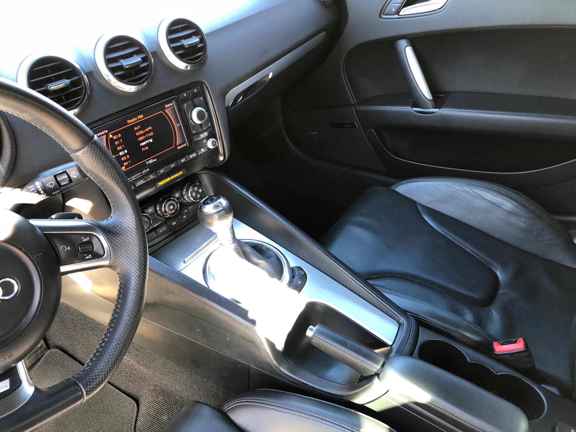 8th Image of a 2009 AUDI TT PREMIUM