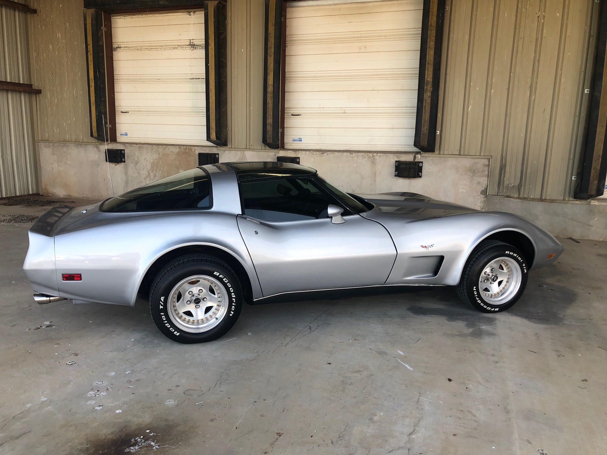 5th Image of a 1979 CHEVROLET CORVETTE FASTBACK