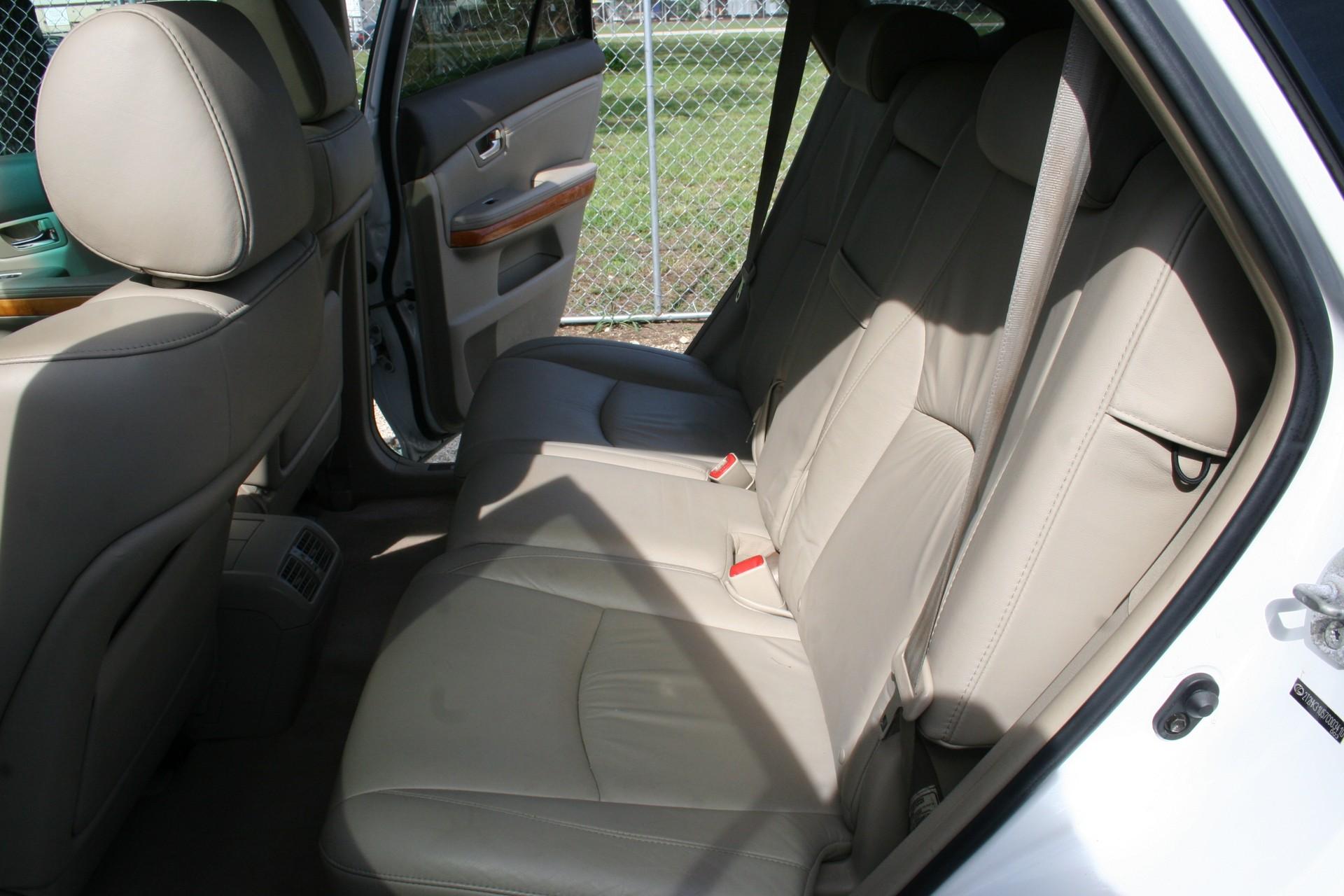 6th Image of a 2007 LEXUS RX 350
