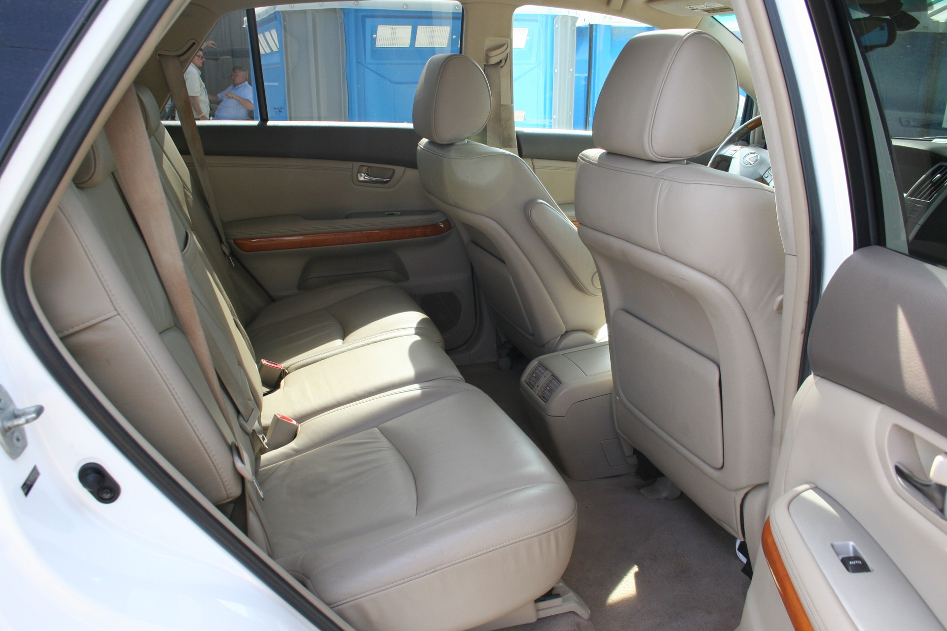8th Image of a 2007 LEXUS RX 350
