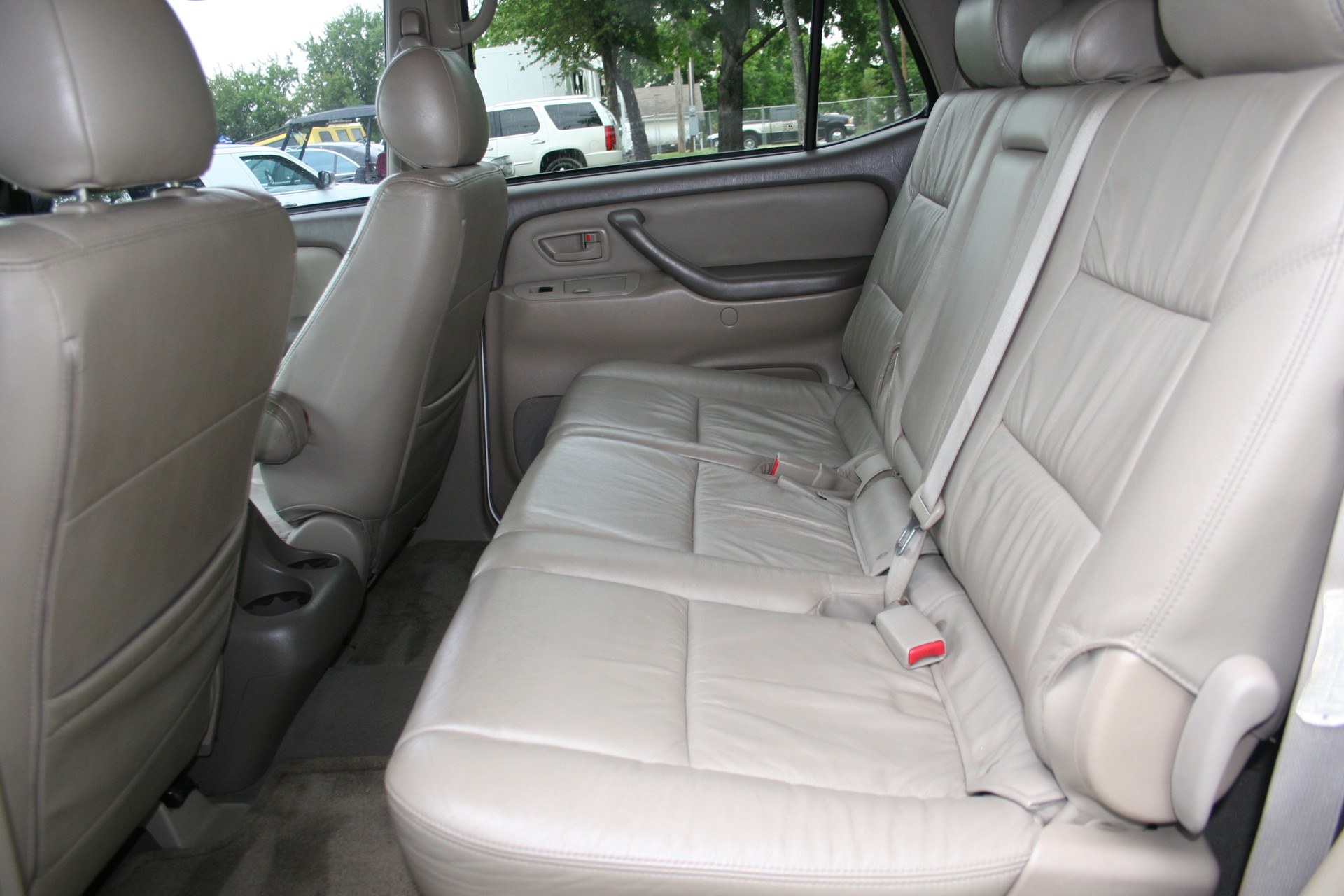 12th Image of a 2007 TOYOTA SEQUOIA