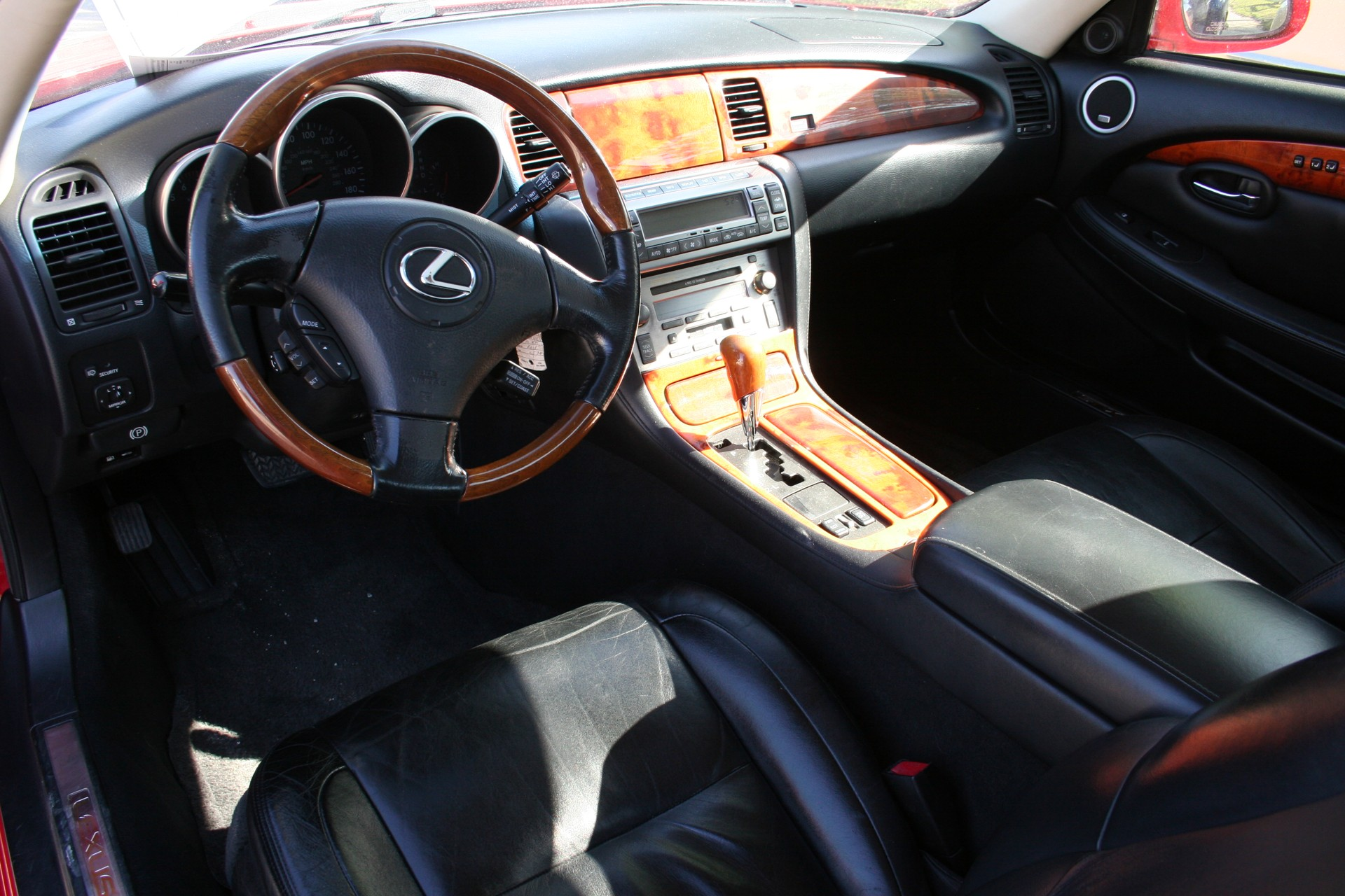 6th Image of a 2002 LEXUS SC 430
