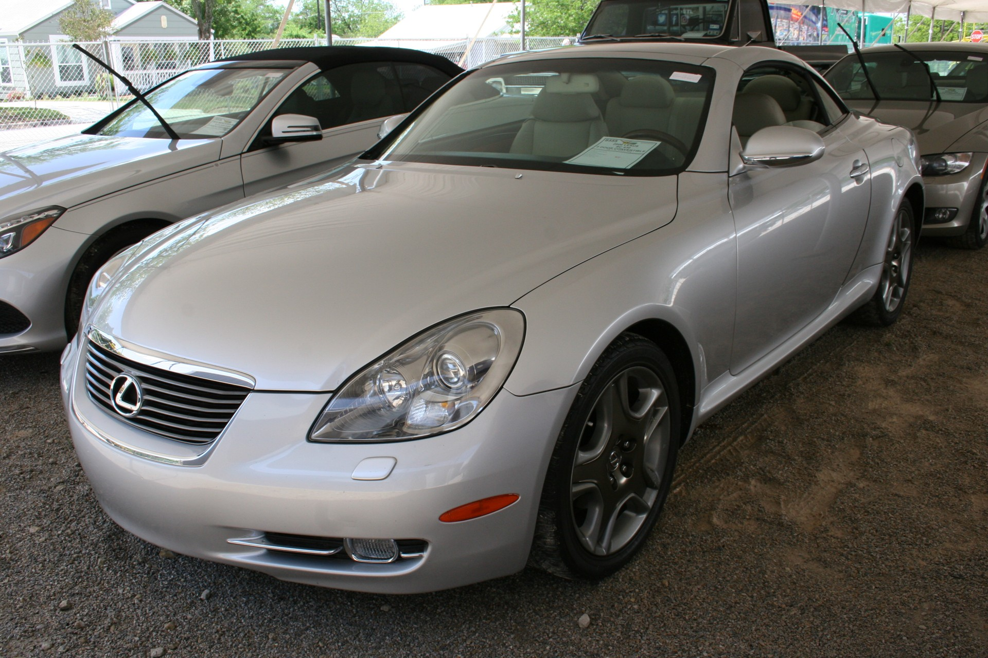 2nd Image of a 2006 LEXUS SC 430