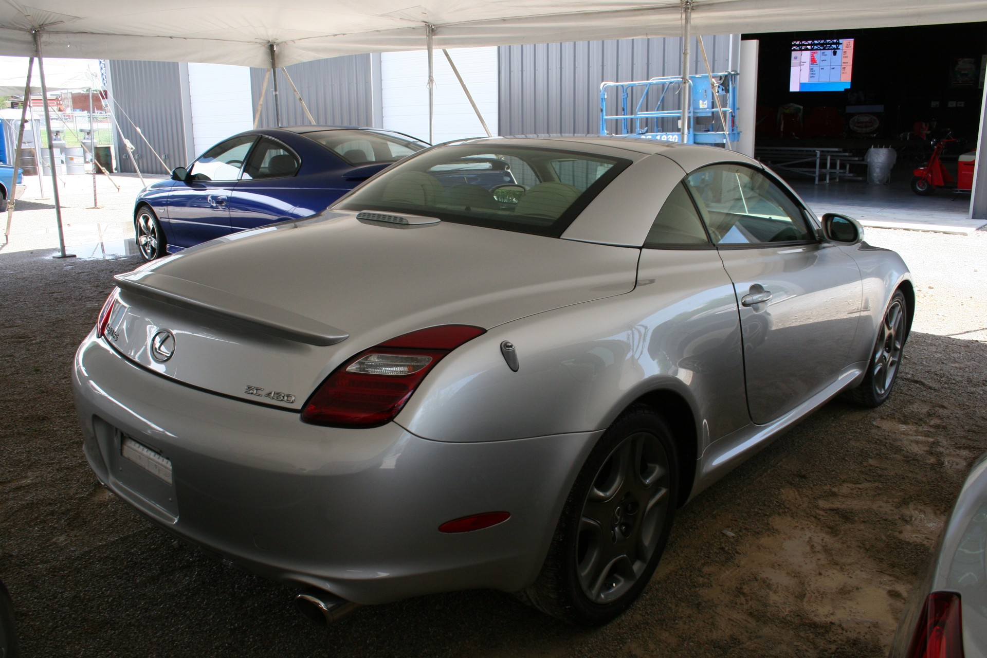 8th Image of a 2006 LEXUS SC 430