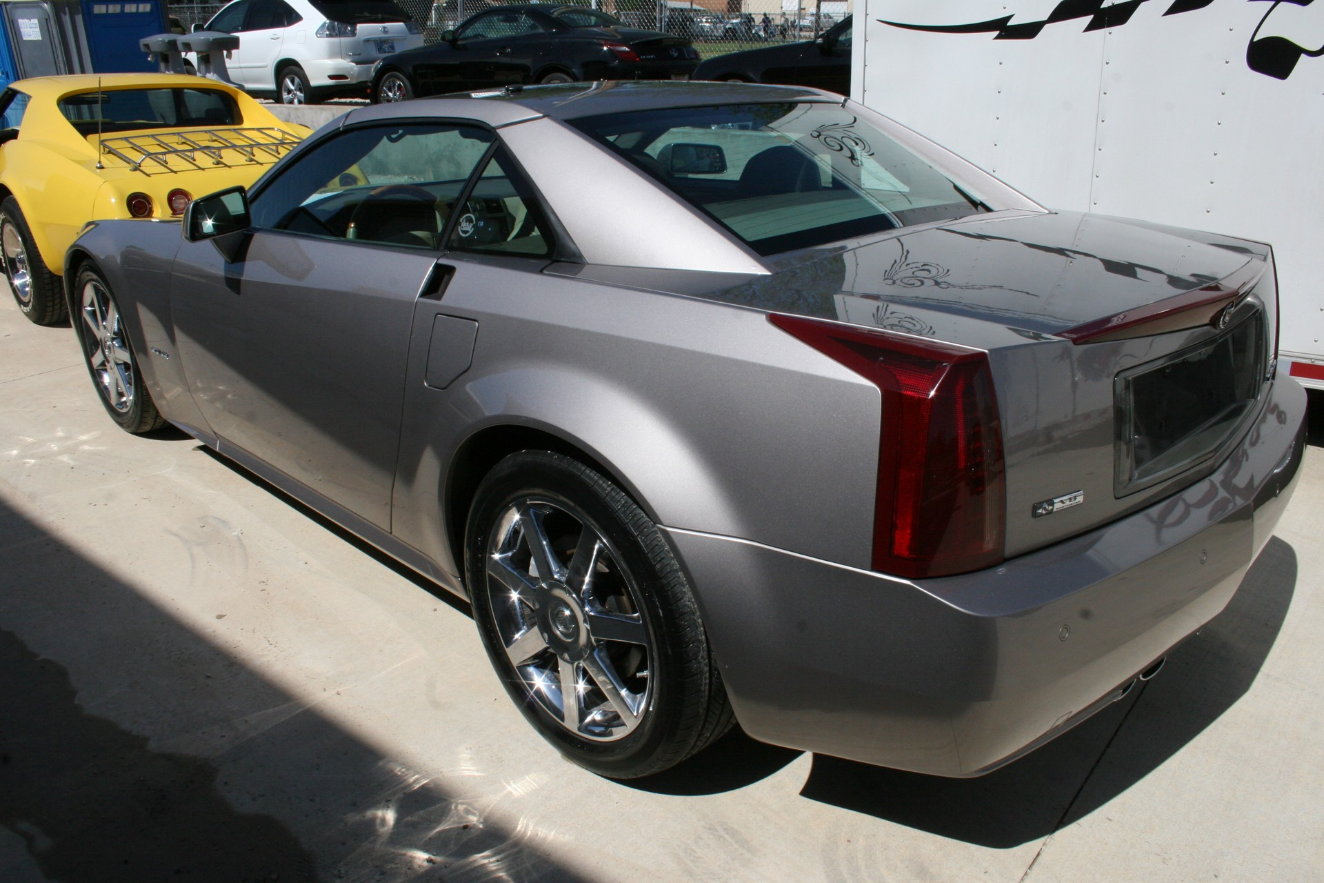 9th Image of a 2005 CADILLAC XLR ROADSTER