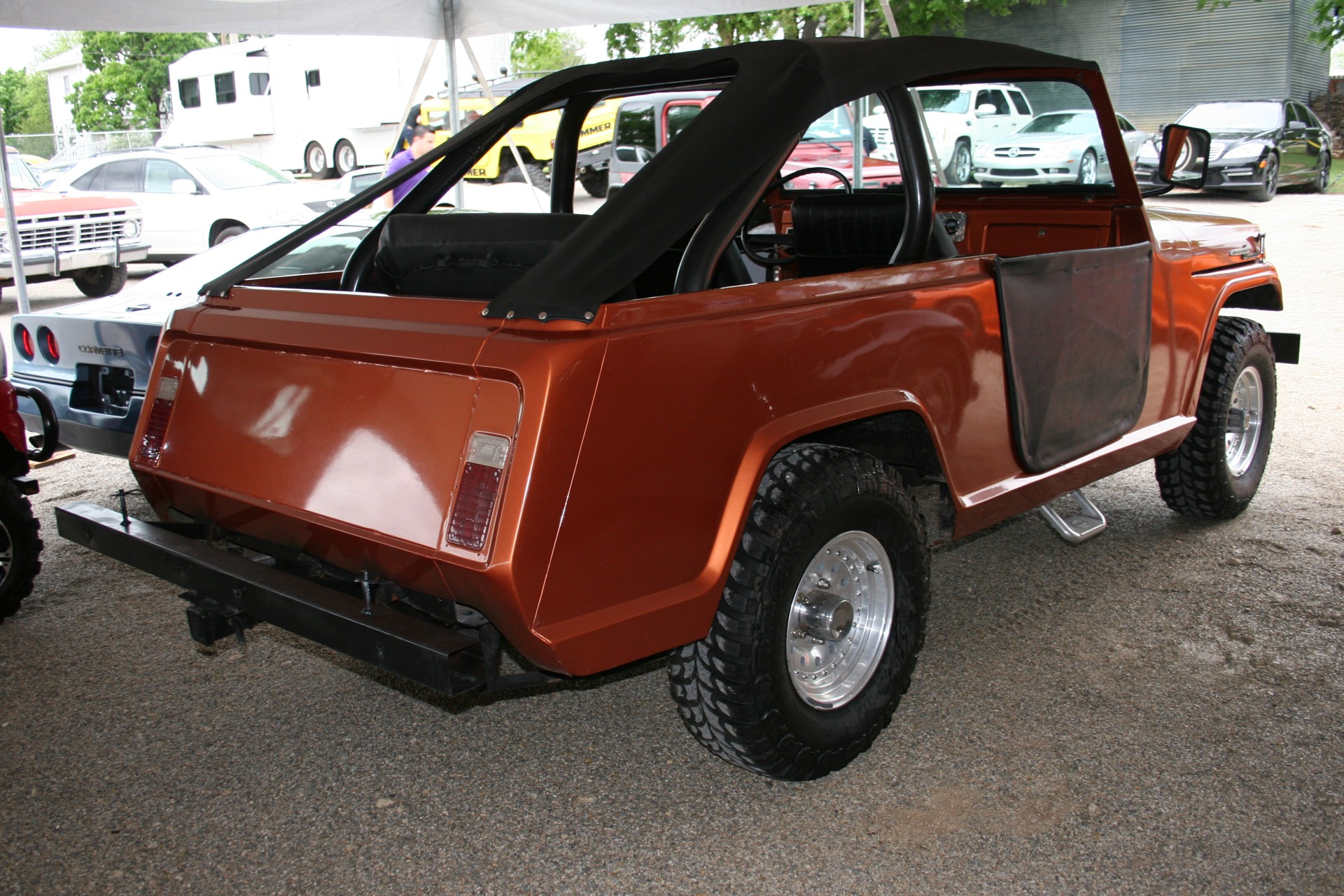 3rd Image of a 1969 JEEP COMMANDO