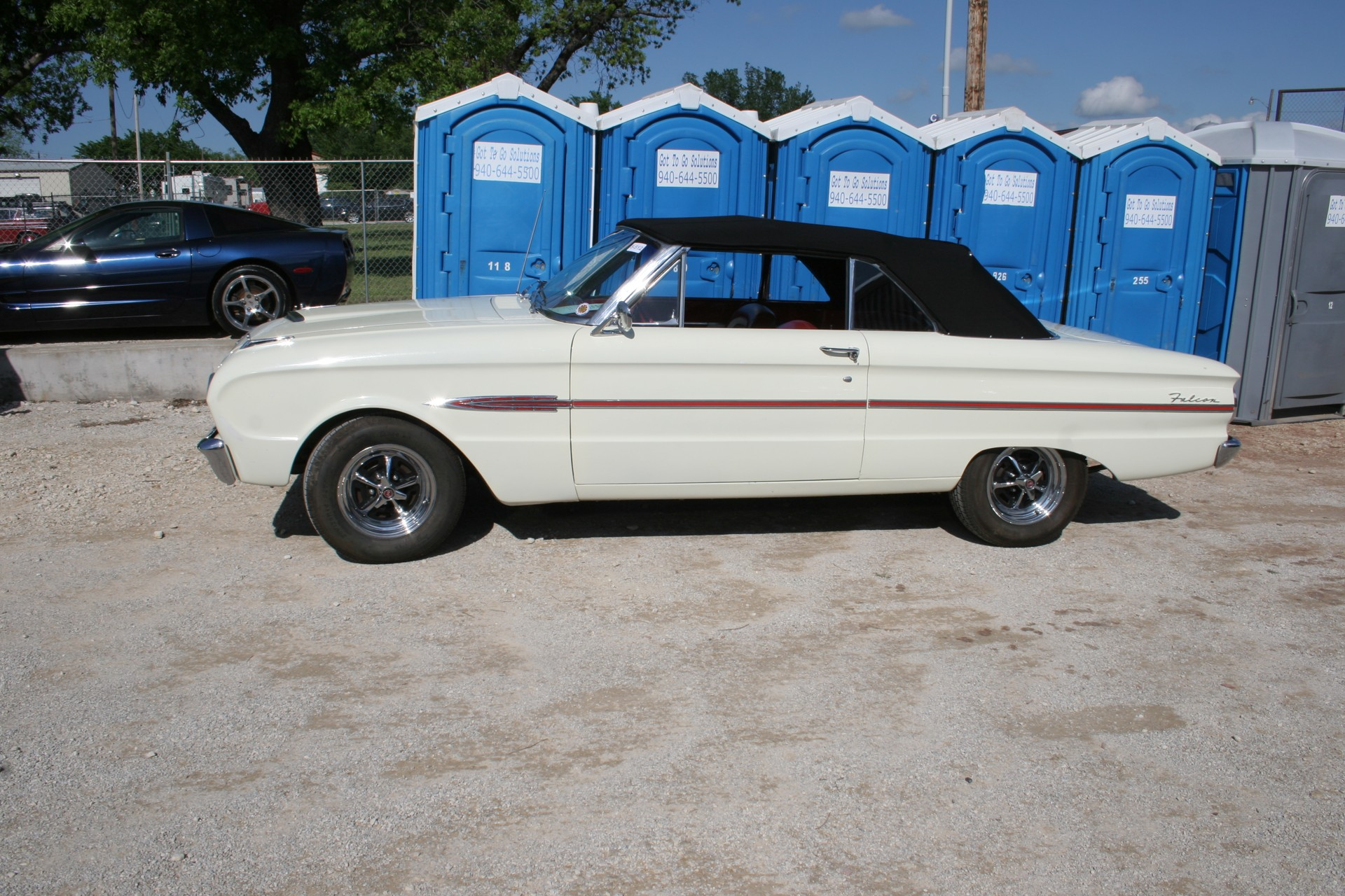 3rd Image of a 1963 FORD FALCON