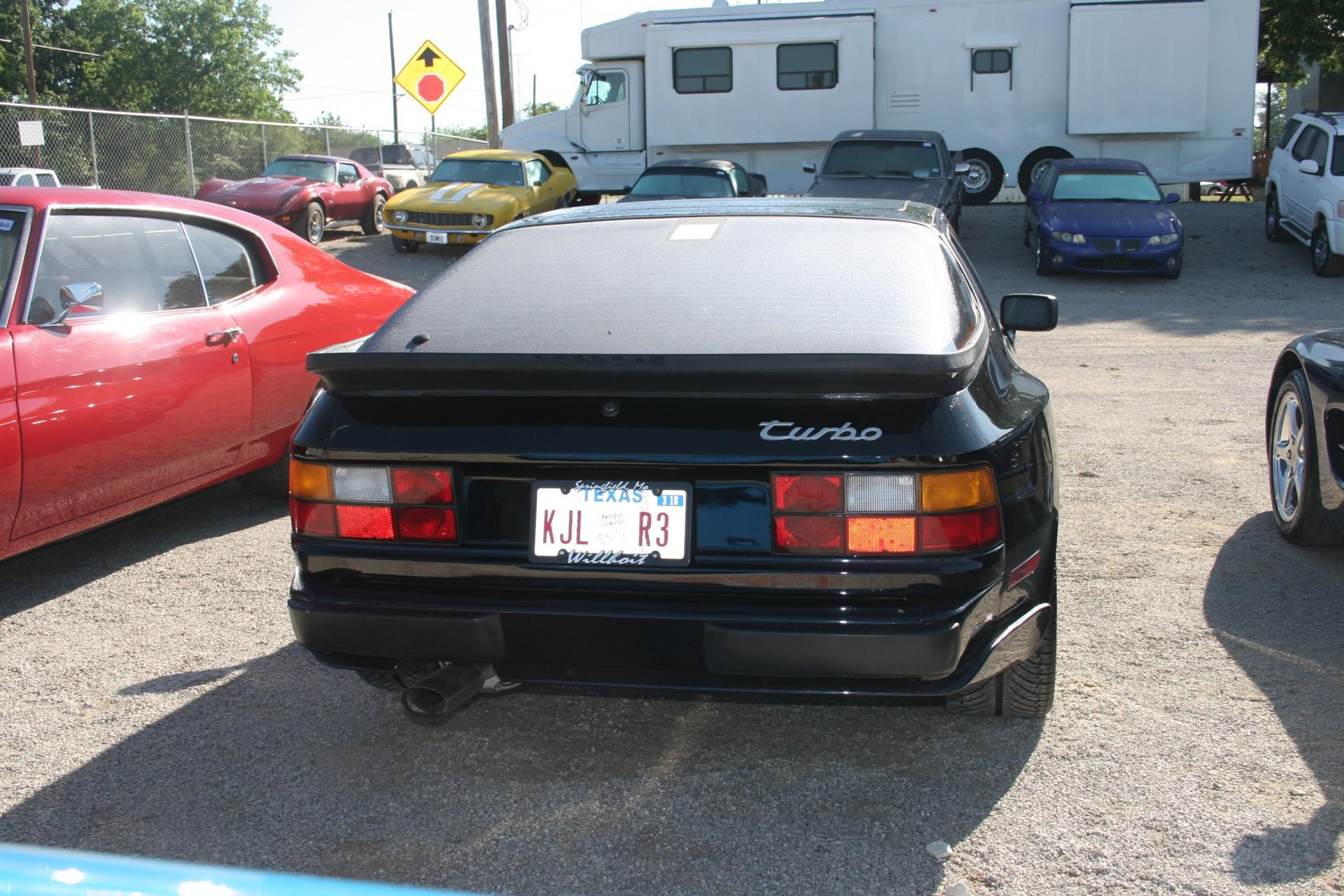 4th Image of a 1988 PORSCHE 944 TURBO
