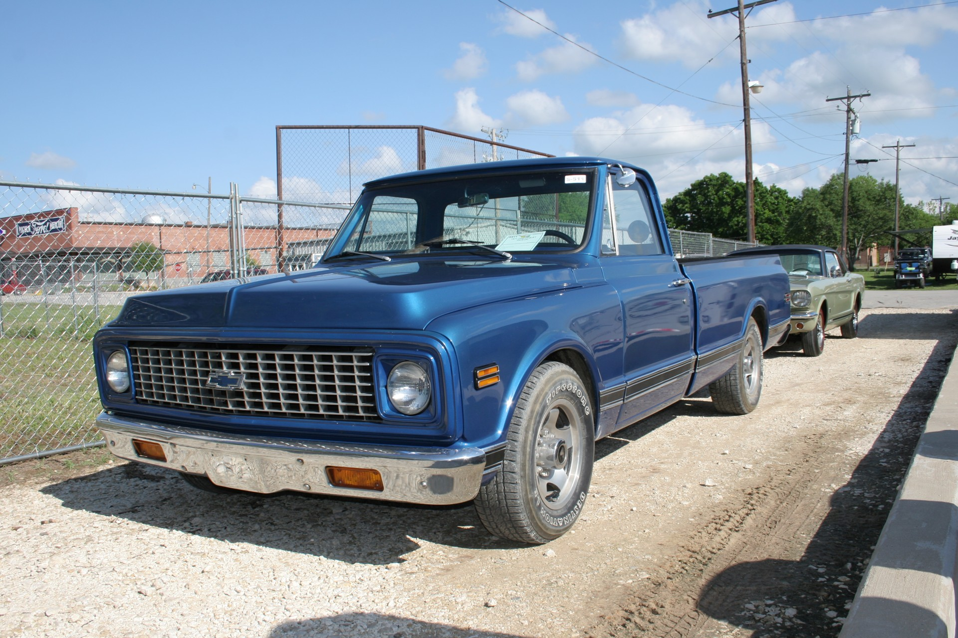 2nd Image of a 1971 CHEVROLET PICKUP