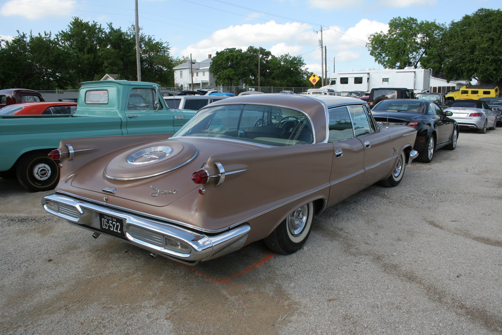 4th Image of a 1958 IMPERIAL CROWN