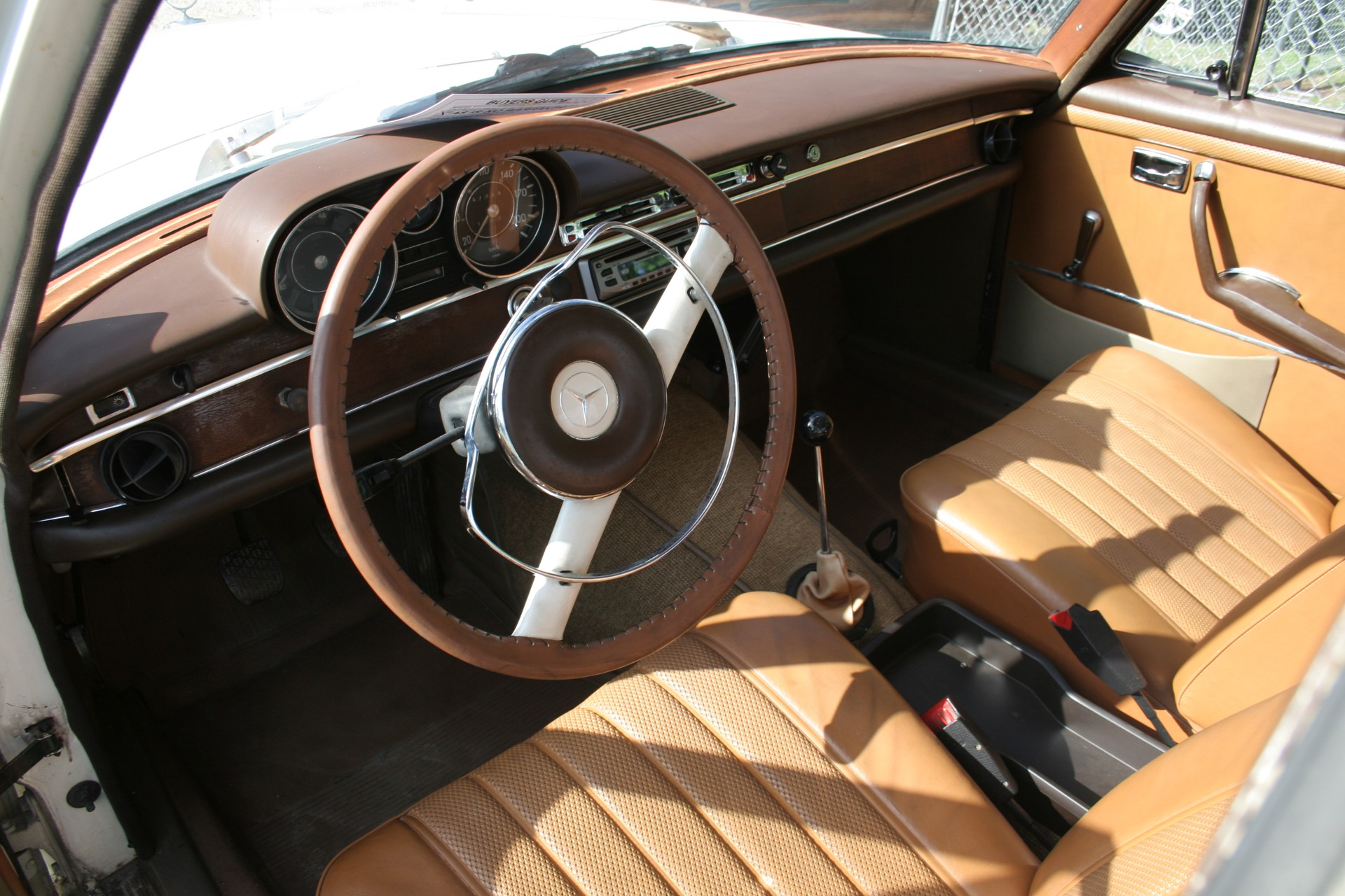 6th Image of a 1966 MERCEDES BENZ 250SE