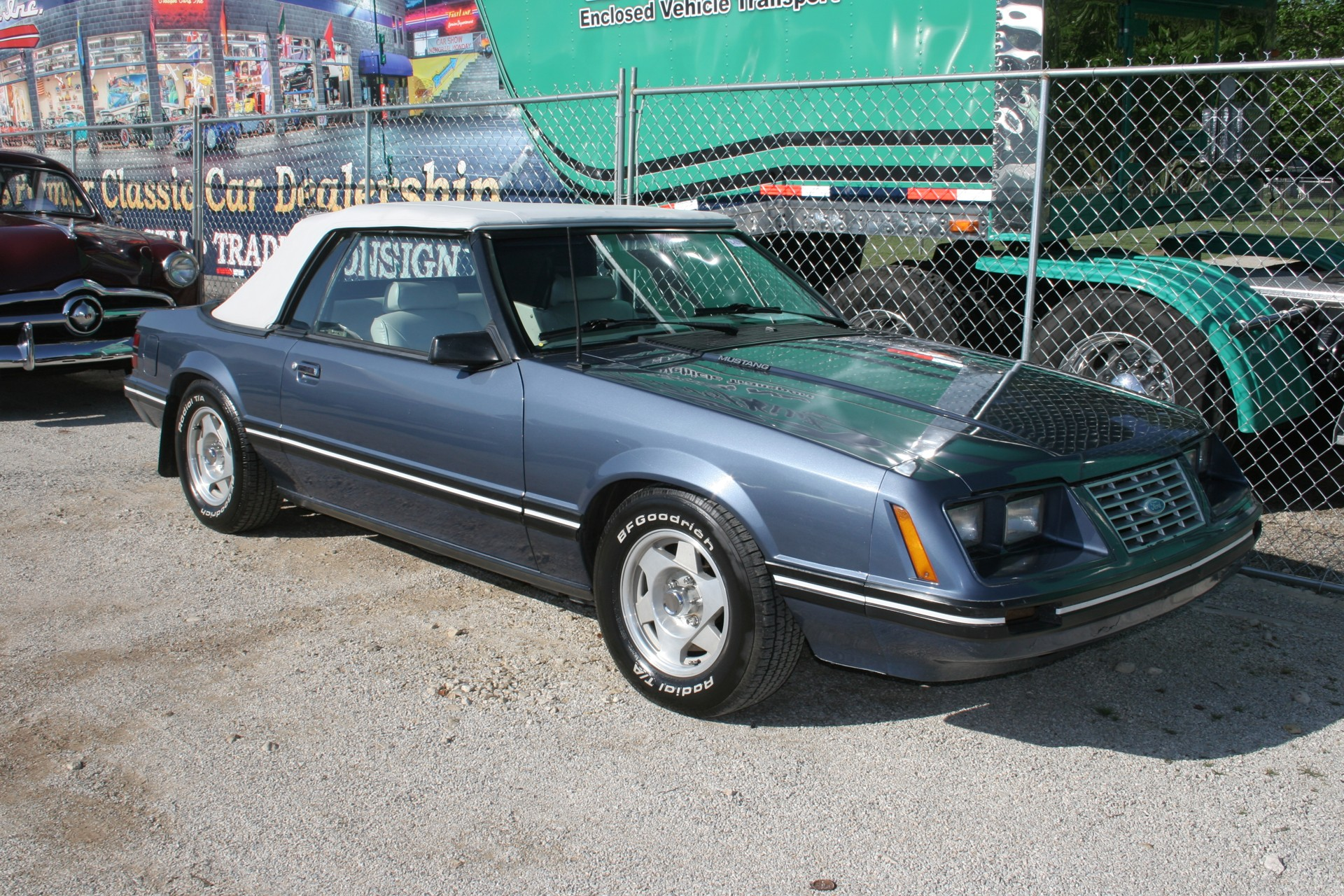 2nd Image of a 1984 FORD MUSTANG LX