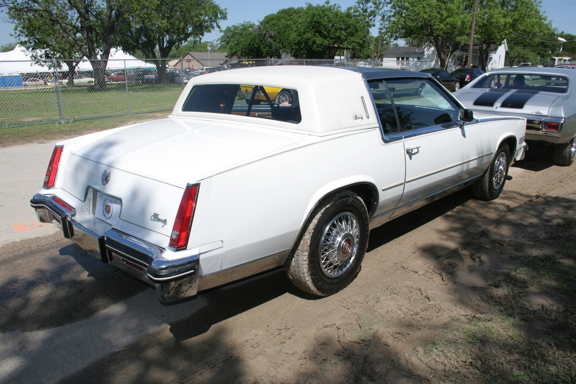 4th Image of a 1985 CADILLAC ELDORADO