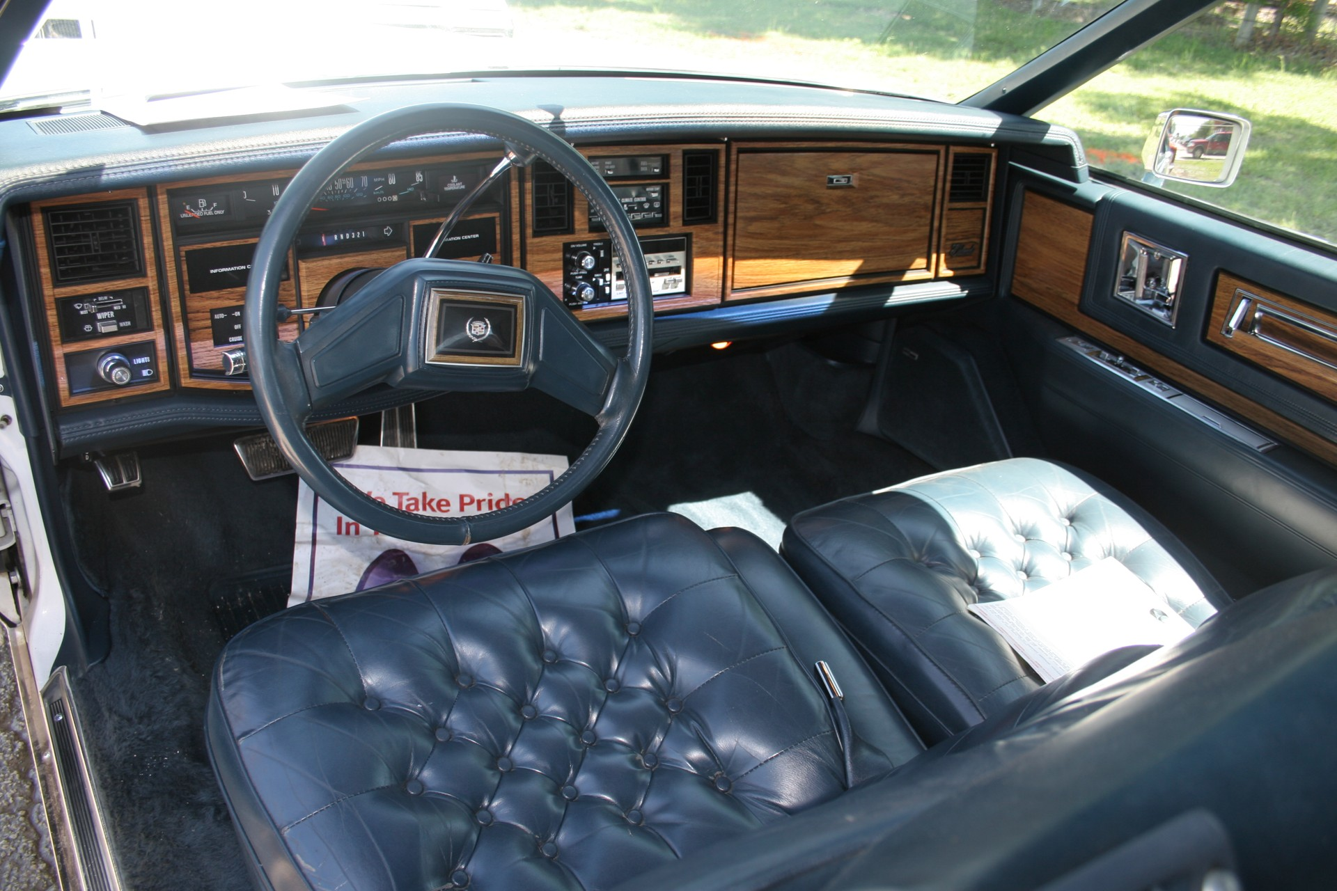 6th Image of a 1985 CADILLAC ELDORADO