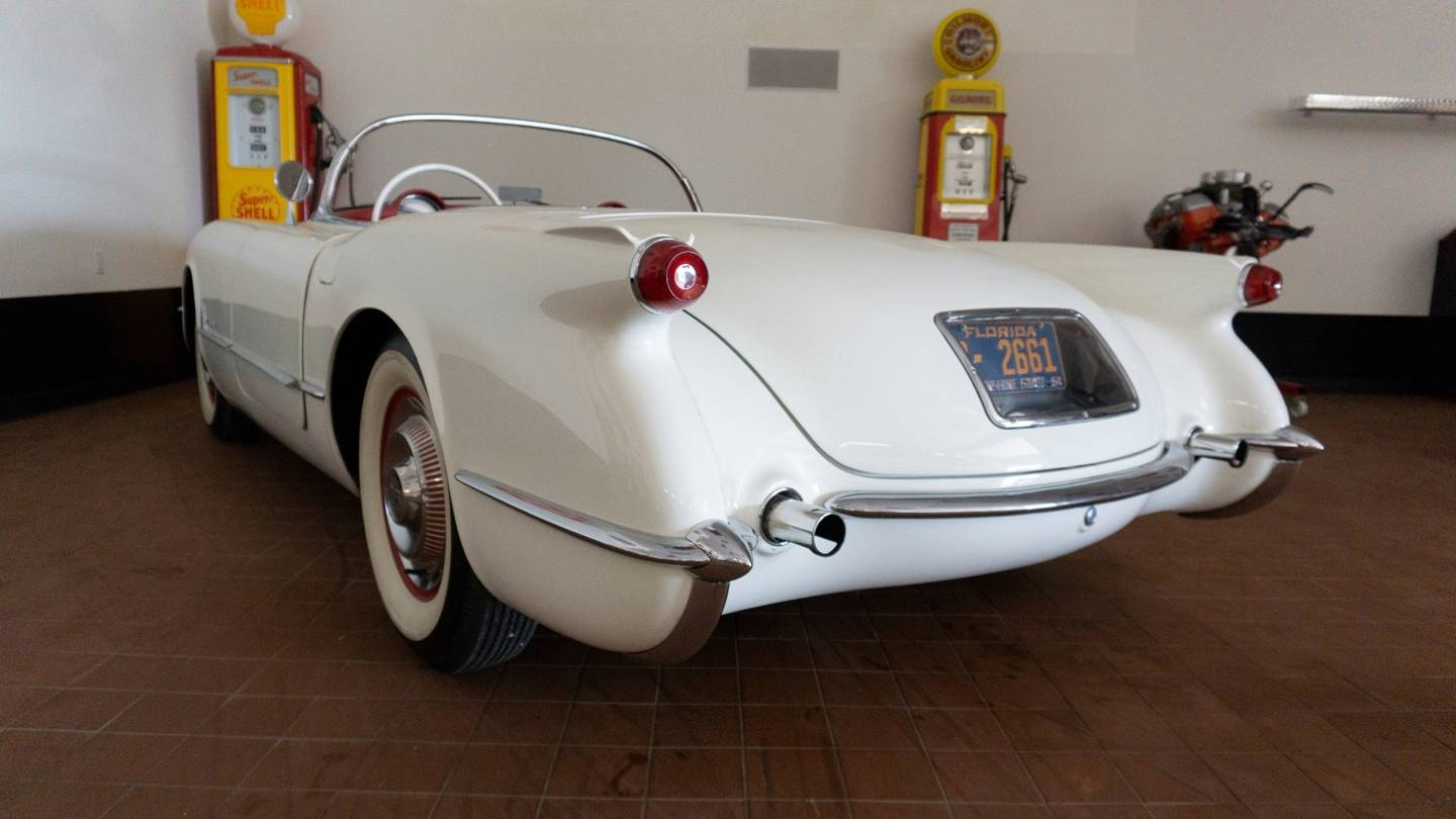 5th Image of a 1954 CHEVROLET CORVETTE